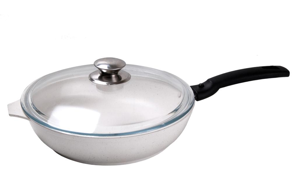 Сковорода Kukmara Традиция с крышкой, с антипригарным покрытием, со съемной ручкой. Диаметр 22 см сковорода kukmara c антипригарным покрытием со съемными ручками диаметр 30 см