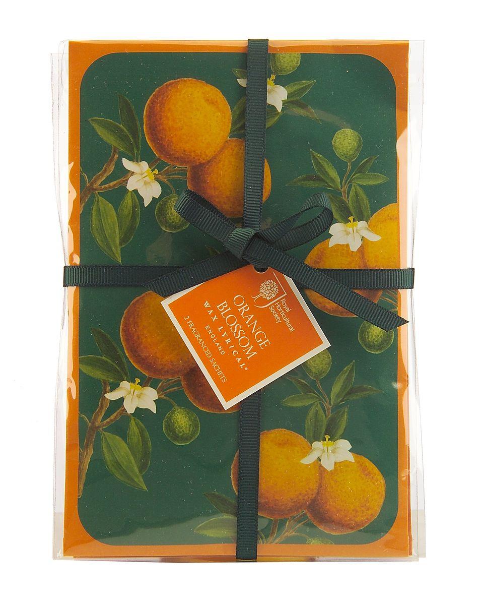 Набор ароматических саше Wax Lyrical Цветок апельсина, 45 г, 2 штRH5645Набор ароматических саше Wax Lyrical Цветок апельсина имеет красивый весенний аромат цветущего апельсинового дерева и гардении со свежим воздушным зелёным оттенком верхних нот, подчеркнутый тёплой основой из амбры и мускуса. Саше представляет собой бумажный пакет с ароматическими гранулами внутри. В комплект входят 2 саше.