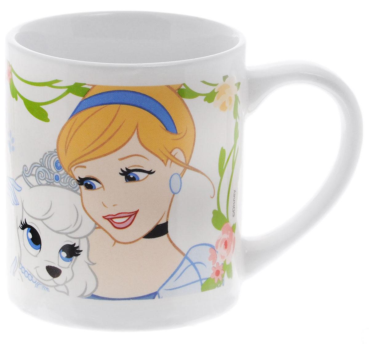 Stor Кружка детская Принцессы и их питомцы 220 мл 7291672916Детская кружка Stor Принцессы и их питомцы с любимыми героями мультфильмов станет отличным подарком для вашей малышки. Она выполнена из керамики и оформлена изображением диснеевских принцесс с их питомцами. Кружка дополнена удобной ручкой.Такой подарок станет не только приятным, но и практичным сувениром: кружка будет незаменимым атрибутом чаепития, а ее оригинальное оформление добавит ярких эмоций и хорошего настроения.