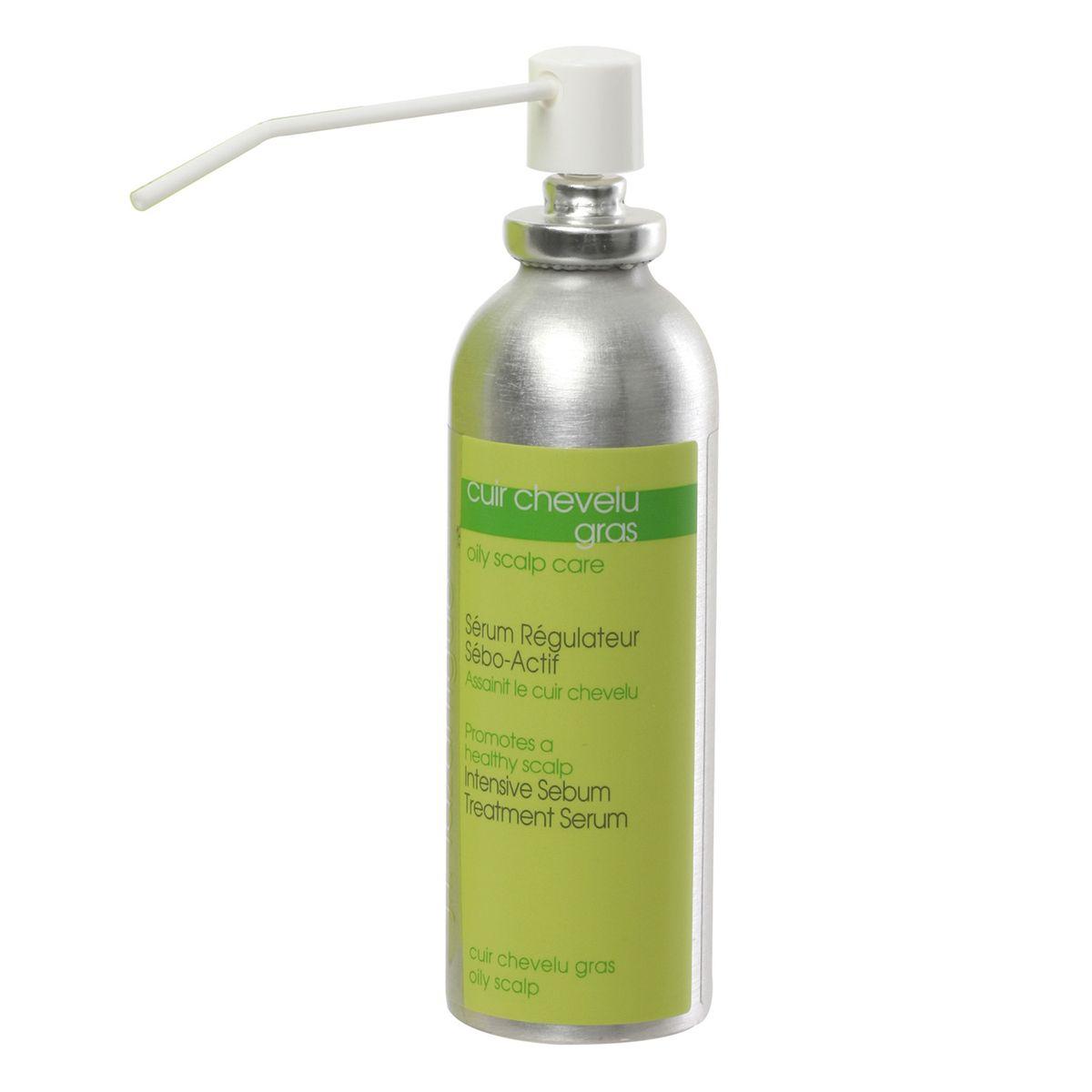J.F.Lazartigue Интенсивная сыворотка для волос для снижения выделения кожного сала 75 мл01406Сыворотка регулирует активность сальных желез при избыточном выделении кожного сала: содержит микрочастицы с протеинами, углеводами и содержащими серу органическими соединениями, которые нормализуют количество и качество выделяемого сальными железами секрета. Благодаря антибактериальным ингредиентам глубоко очищает кожу головы, препятствуя росту микроорганизмов, вызывающих появление перхоти. Укрепляет корни волос и волосяные фолликулы, способствуя росту здоровых волос.