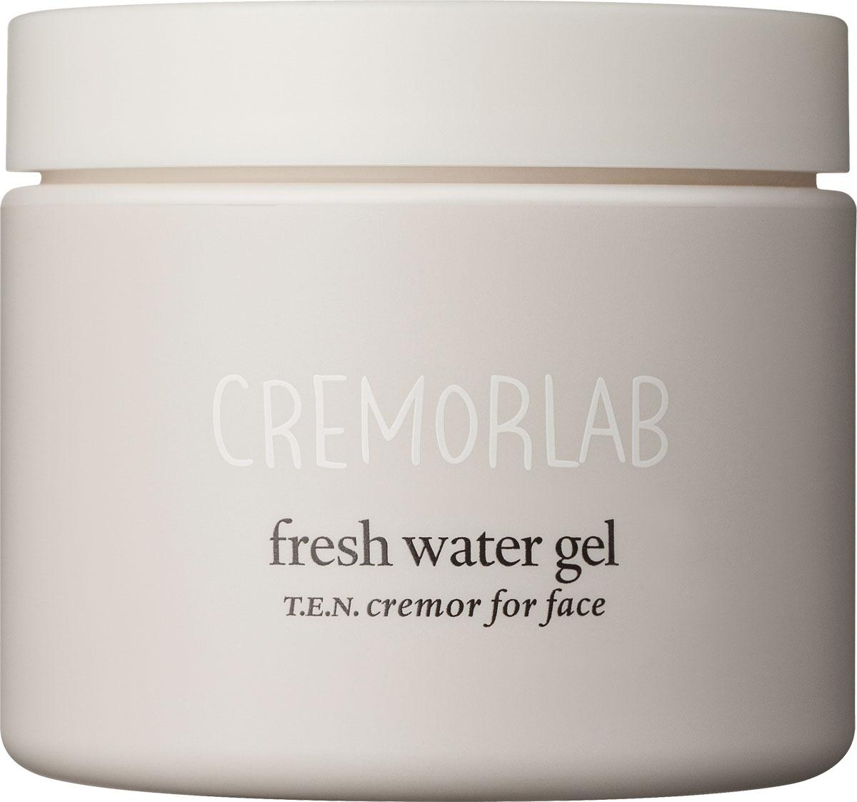 Cremorlab T.E.N. Cremor Крем–гель, интенсивное увлажнение Fresh Water Gel, 100 мл61010Легкий гель глубоко и эффективно увлажняет, защищает, успокаивает, создает ощущение свежести и комфорта. Средство обладает способностью запирать воду в коже и препятствовать ее избыточному испарению, что обеспечивает стойкий лифтинг эффект. Благодаря нежной текстуре, легко наносится и великолепно впитывается, экономично и комфортно в использовании. Активные запатентованные ингредиенты прекрасно увлажняют кожу, препятствуют закупориванию пор, способствуя нормальному дыханию кожи, содержит натуральное масло болгарской розы, которое называют королем эфирных масел за его уникальные успокаивающие свойства. Средство обладает еле уловимым ароматом и рекомендовано для всех типов и состояний кожи. Рекомендовано для всех типов и состояний кожи. Отсутствуют синтетические отдушки, эмульгаторы, парабены, красители и химические консерванты.