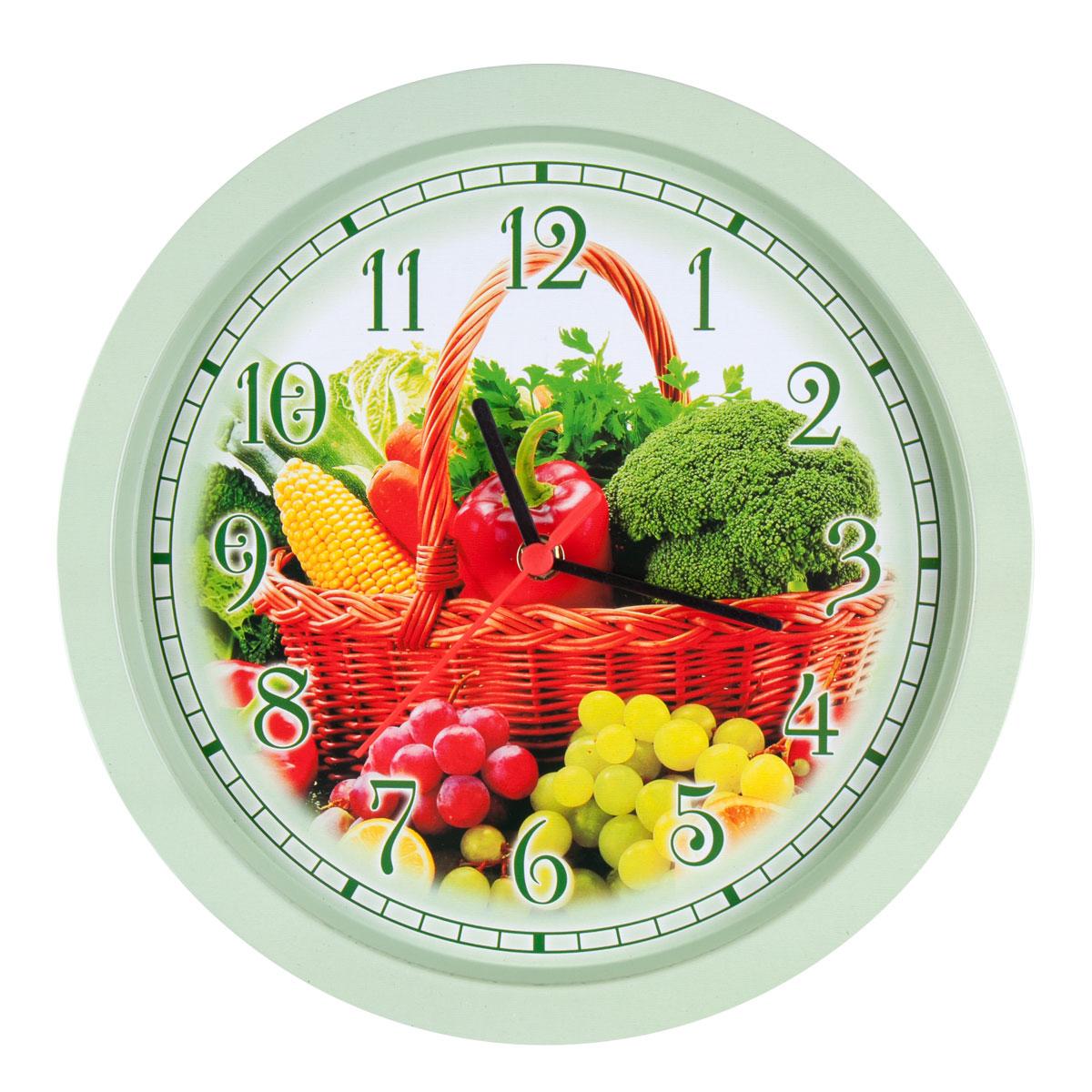 Часы настенные Miolla ОвощиCH003Оригинальные настенные часы круглой формы Miolla Овощи выполнены из металла. Часы имеют три стрелки - часовую, минутную и секундную. Необычное дизайнерское решение и качество исполнения придутся по вкусу каждому. Оформите свой дом таким интерьерным аксессуаром или преподнесите его в качестве презента друзьям, и они оценят ваш оригинальный вкус и неординарность подарка.Часы работают от 1 батарейки типа АА напряжением 1,5 В. Диаметр часов: 33 см.