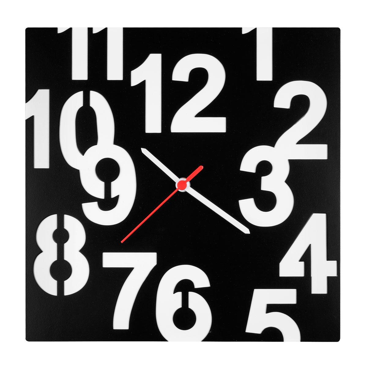 Часы настенные Miolla Квадрат с цифрамиCH014Оригинальные настенные часы квадратной формы выполнены из стали. Часы имеюттри стрелки - часовую, минутную и секундную и циферблат с цифрами. Необычноедизайнерское решение и качество исполнения придутся по вкусу каждому. Часы работают от 1 батарейки типа АА напряжением 1,5 В.