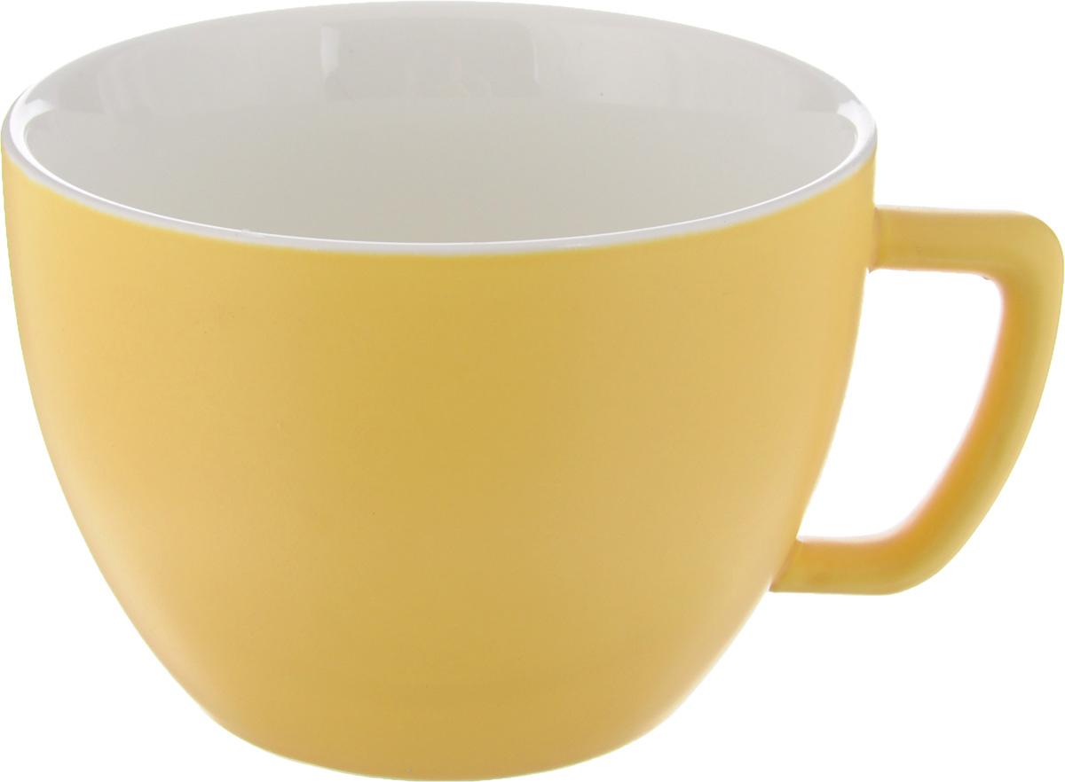 Кружка Tescoma Crema Tone, цвет: желтый, 550 мл387148Кружка Tescoma Crema Tone, изготовленная из высококачественного фарфора, прекрасно дополнит интерьер вашей кухни. Изящный дизайн кружки придется по вкусу и ценителям классики, и тем, кто предпочитает утонченность и изысканность. Кружка Tescoma Crema Tone станет хорошим подарком к любому празднику. Диаметр (по верхнему краю): 12 см.Высота: 9 см.