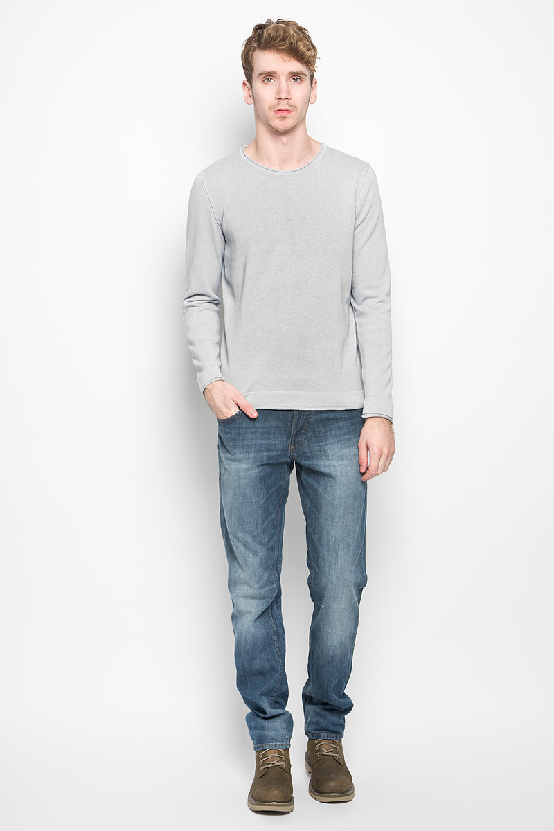Пуловер мужской Broadway, цвет: серо-голубой. 20100137. Размер L (50)20100137_54AМужской пуловер Broadway, выполненный из натурального хлопка, станет стильным дополнением к вашему гардеробу. Изделие очень мягкое и приятное на ощупь, не сковывает движения, позволяет коже дышать. Модель с длинными рукавами имеет круглый вырез горловины. Благодаря однотонной расцветке, пуловер прекрасно сочетается с любыми нарядами. Современный дизайн и расцветка делают этот пуловер модным предметом мужской одежды, в нем вы всегда будете чувствовать себя комфортно.