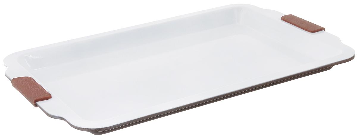 Форма для выпечки Guterwahl, с керамическим покрытием, прямоугольная, 46 х 30 х 2,5 смEC-PS67-CERФорма для выпечки Guterwahl изготовлена из углеродистой стали с керамическим покрытием, благодаря чему пища не пригорает и не прилипает к стенкам посуды. Кроме того, готовить можно с добавлением минимального количества масла и жиров. Керамическое покрытие также обеспечивает легкость мытья. Форма идеально подходит для выпечки кексов, пирогов. Изделие имеет литые ручки с силиконовыми вставками, что существенно облегчает процесс готовки.Не рекомендуется мыть в посудомоечной машине.Внутренний размер формы: 39 х 26 см. Внешний размер формы (с учетом ручек): 46 х 30 см. Высота стенок формы: 2,5 см.