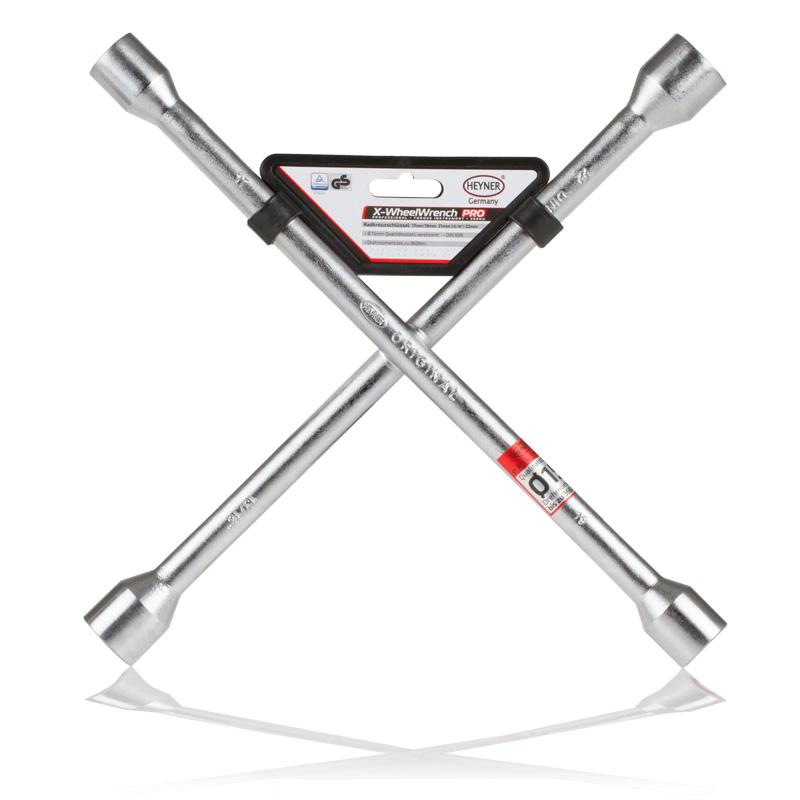 Ключ баллонный крестовой Heyner, 17 х 19 х 21 х 23 мм420000Баллонный крестовой ключ Heyner применяется для монтажа/демонтажа автомобильных колес. Такой инструмент является идеальным решением для использования в любых автосервисах. Данный ключ имеет четыре головки размерами 17 мм, 19 мм, 21 мм и 23 мм. Ключ выполнен из высококачественной стали.