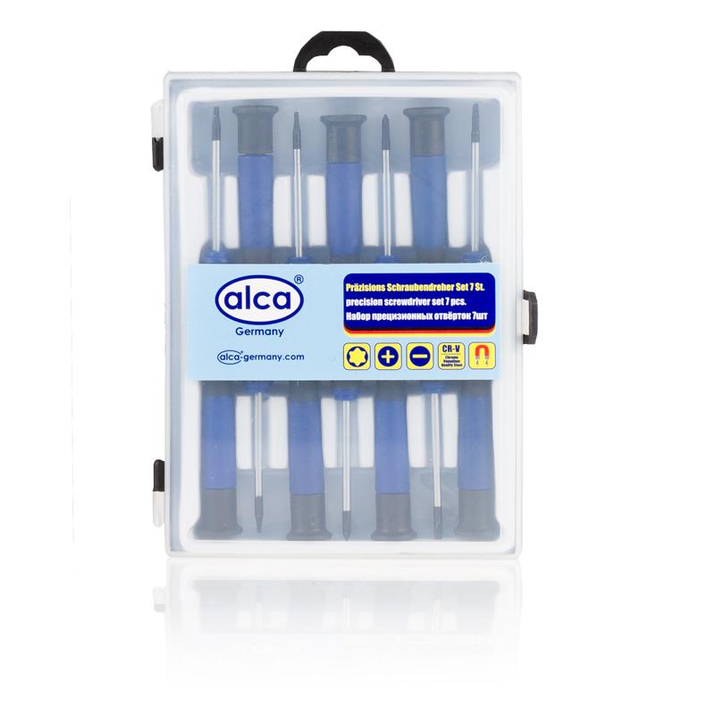 Набор прецизионных отверток Alca, 7 шт400Набор Alca состоит из 7 прецизионных отверток,изготовленных из стали прочностью 45 HRC. Отверткиснабжены пластиковыми рукоятками эргономичной формы имагнитными наконечниками. Прецизионные отверткииспользуются при проведении мелких и точных работ скрепежными деталями и элементами.В комплекте: 2 шт (-) 2.5, 3; 2 шт (+) 3, 2.5; 3 шт (*) T5, T6, T7.