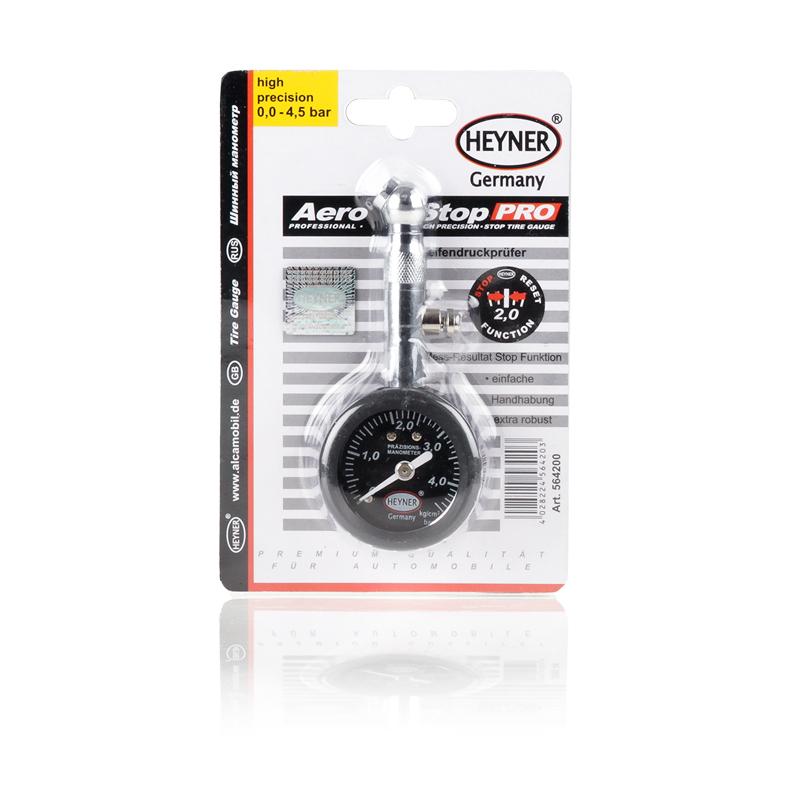 Манометр шинный Heyner Стоп, 0,5-4,5 кг/см2564200Манометр шинный Heyner Стоп - необходимая вещь для каждого автовладельца. Универсальный манометр снабжен перепускным клапаном и прост в применении. Обеспечивает точное измерение давления в шинах, оснащен функцией удерживания результата измерения. Прочный корпус выполнен из ударопрочного пластика и высококачественной стали. Оптимальное давление в шинах - это не только ваша безопасная езда на авто, комфорт и экономичность в зависимости от давления в шинах, а также важный критерий ресурса шин. Цена деления: 0,1 атмосферы. Диапазон измерений: 0,5-4,5 кг/см2.