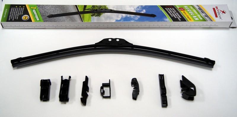 Щетка стеклоочистителя Skybear Regular, бескаркасная, 45 см, 1 шт702180Бескаркасная щетка стеклоочистителя Skybear Regular прекрасно очищает в любую погоду. Резинка выполнена на основе натурального каучука. Щетка имеет аэродинамический дизайн. Подходит к 95% автомобилей.В комплекте 7 адаптеров.