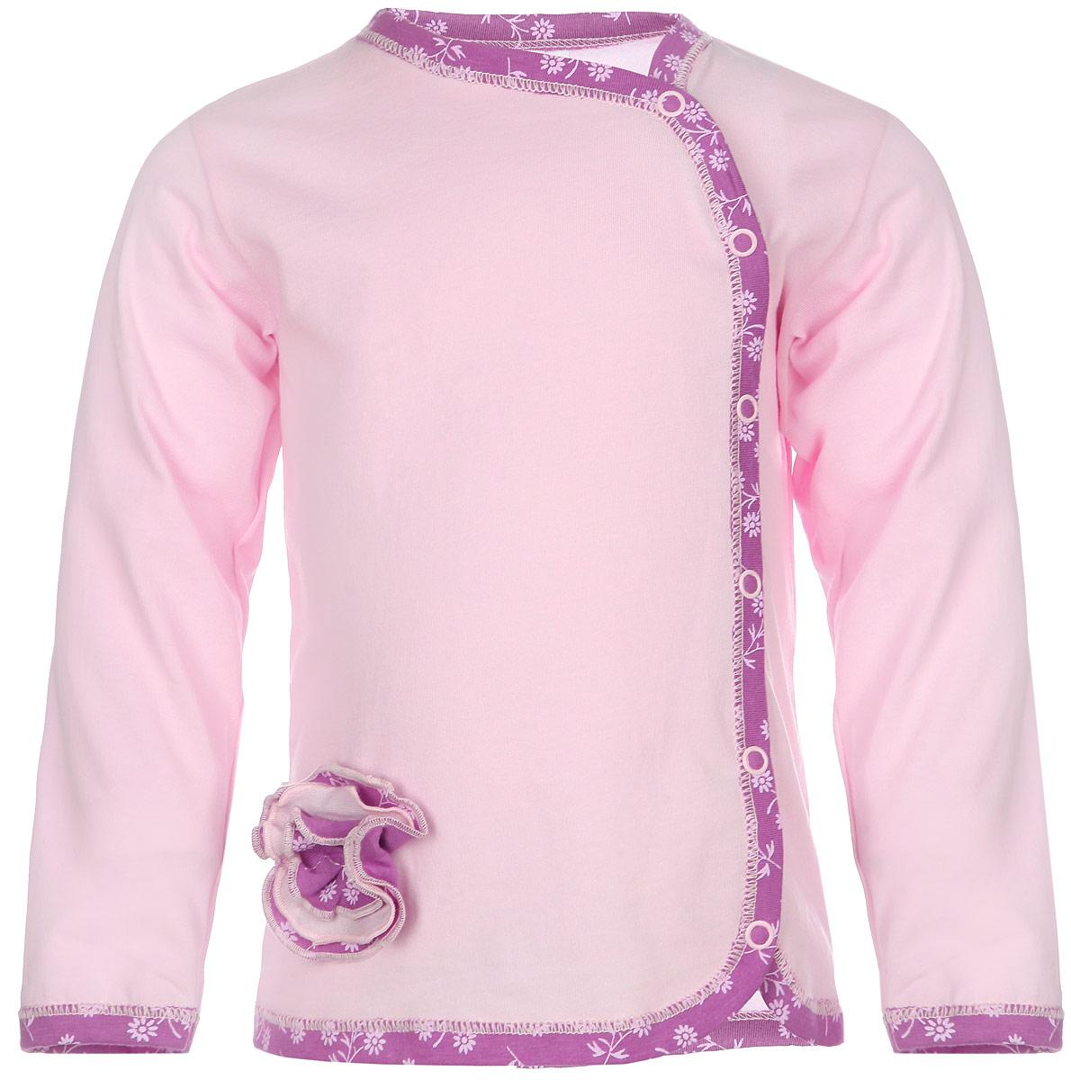 Кофточка для девочки Lucky Child Цветочки, цвет: светло-розовый, сиреневый. 11-17. Размер 68/74, 3-6 месяцев11-17Кофточка для девочки Lucky Child Цветочки, изготовленная из натурального хлопка, станет отличным дополнением к детскому гардеробу. Изделие очень мягкое и приятное на ощупь, не сковывает движения и хорошо вентилируется, обеспечивая комфорт. Кофточка с круглым вырезом горловины и длинными рукавами застегивается на кнопки. Края модели и низ рукавов дополнены трикотажной бейкой с цветочным принтом. Украшено изделие пришитым текстильным цветком. Кофточка полностью соответствует особенностям жизни младенца в ранний период, не стесняя и не ограничивая его в движениях. В ней ваша маленькая принцесса всегда будет в центре внимания!
