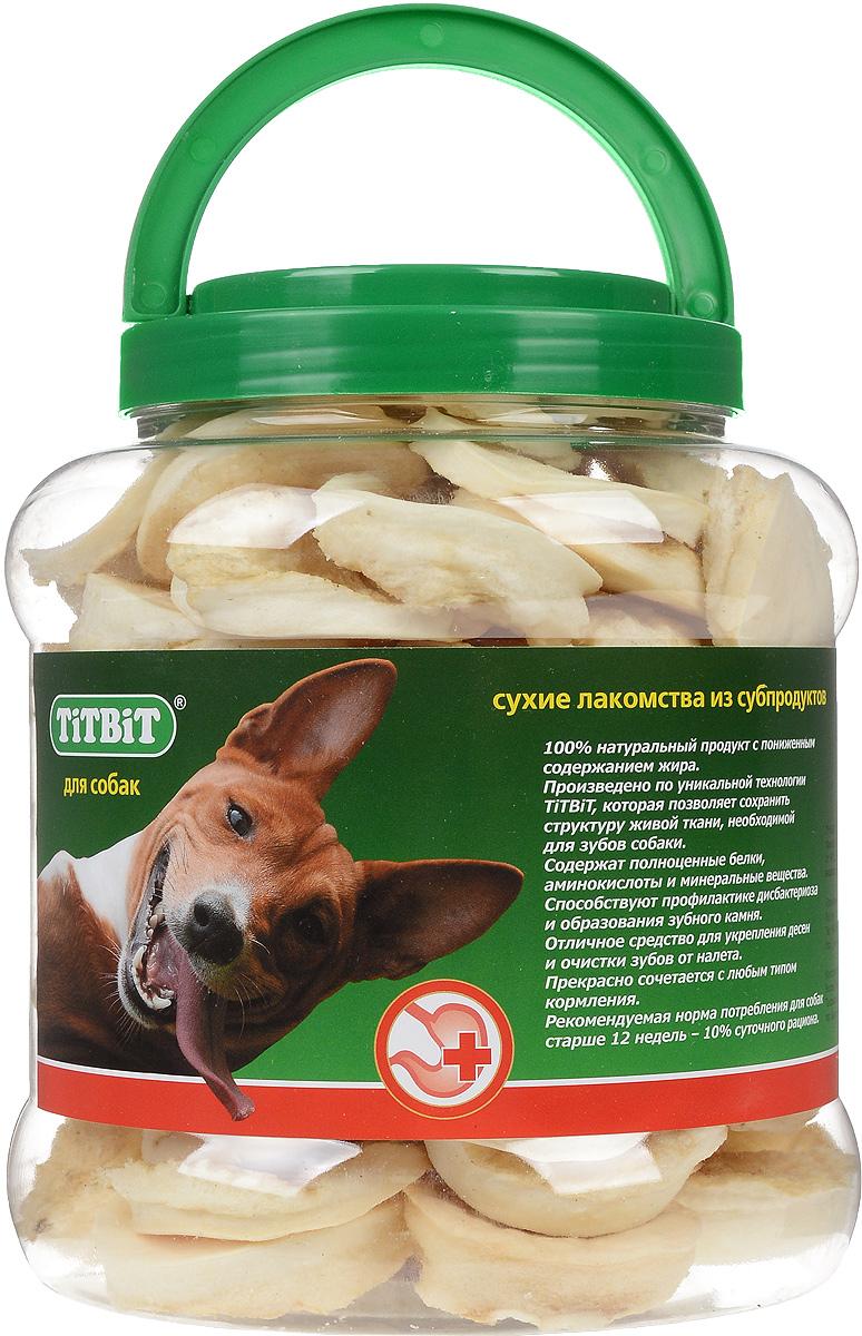 Лакомство для собак Titbit, галеты, 4,3 л1247Лакомство для собак Titbit представляют собой галеты из высушенной говяжьей кожи. Благодаря большому содержанию аминокислот и коллагена положительно воздействует на хрящевую ткань, состояние кожи и шерсти собаки. Благодаря волокнистой структуре являются своеобразной зубной щёткой, способствующей укреплению дёсен, удалению зубного налёта и профилактике образования зубного камня. Прекрасно сочетается с любым типом кормления.Состав: высушенная говяжья кожа.Товар сертифицирован.