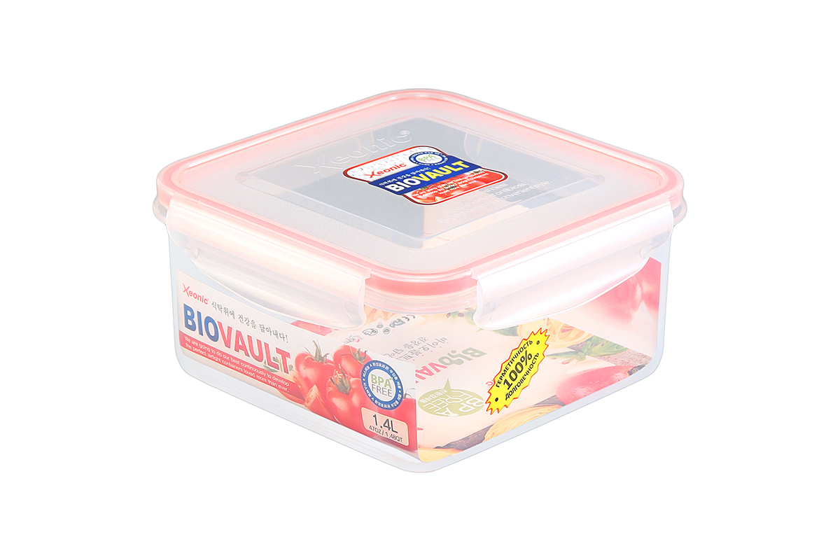 """Пластиковый герметичный контейнер для хранения продуктов """"Xeonic"""" произведен из  высококачественных материалов, имеет 100% герметичность, термоустойчив, может быть  использован в микроволновой печи и в морозильной камере, устойчив к воздействию масел и  жиров, не впитывают запах. Удобен в использовании, долговечен, легко открывается и  закрывается, не занимает много места, можно мыть в посудомоечной машине.   Размеры  контейнера: 16,7 х 16,7 х 8,5 см."""