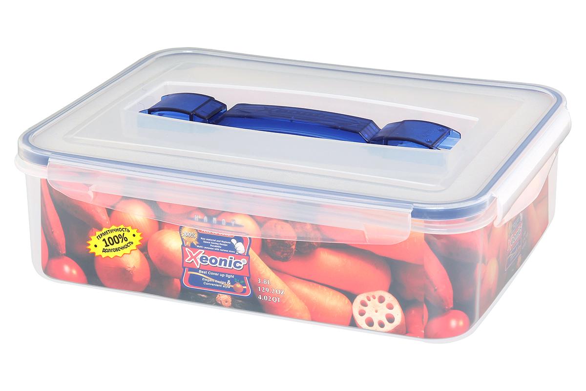 Контейнер пищевой Xeonic, прямоугольный, с ручкой, цвет: прозрачный, синий, 3,8 л810108Пластиковые герметичные контейнеры для хранения продуктов Xeonic произведены из высококачественных материалов, имеют 100% герметичность, термоустойчивы, могут быть использованы в микроволновой печи и в морозильной камере, устойчивы к воздействию масел и жиров, не впитывают запах. Удобны в использовании, долговечны, легко открываются и закрываются, не занимают много места, можно мыть в посудомоечной машине. Размеры контейнера: 29,3 х 22,8 х 8,3 см.