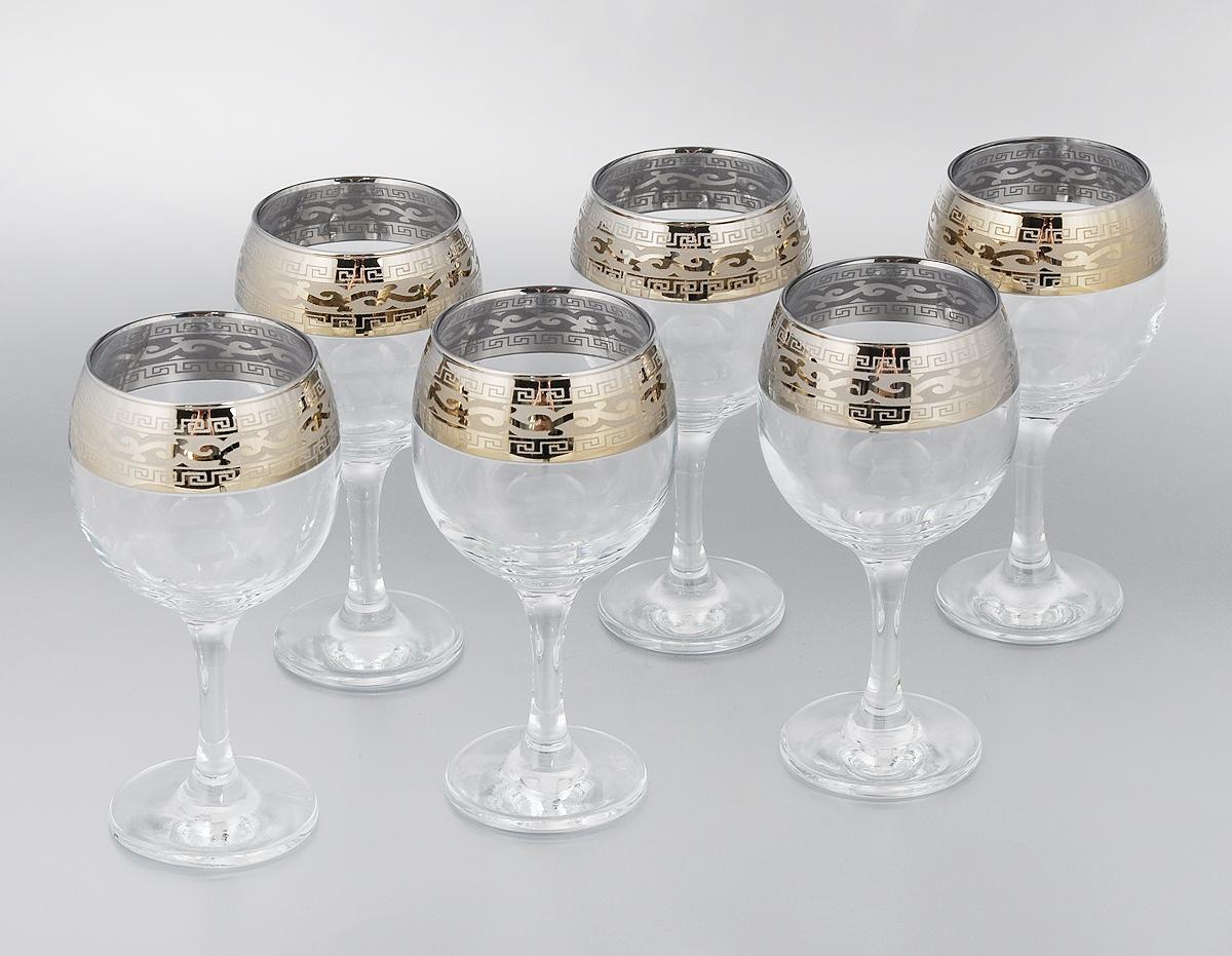 Набор фужеров Гусь-Хрустальный Версаче, 260 мл, 6 штGE08-411Набор Гусь-Хрустальный Версаче состоит из 6 фужеров на изящных длинных ножках, изготовленных из высококачественного натрий-кальций-силикатного стекла. Изделия предназначены для подачи холодных напитков, вина и многого другого. Фужеры оформлены красивым зеркальным покрытием с матовым орнаментом. Такой набор прекрасно дополнит праздничный стол и станет желанным подарком в любом доме. Разрешается мыть в посудомоечной машине. Диаметр фужера (по верхнему краю): 6,6 см. Высота фужера: 16,5 см.