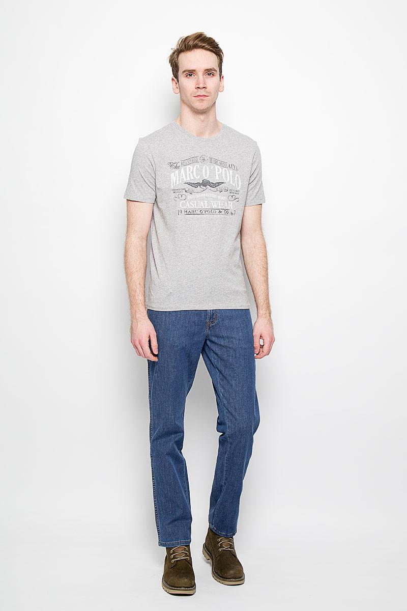 Джинсы мужские Wrangler Texas Stretch, цвет: синий. W121AL69S. Размер 32-34 (48-34)W121AL69SМужские джинсы Wrangler станут отличным дополнением к вашему гардеробу. Джинсы выполнены из эластичного хлопка. Изделие мягкое и приятное на ощупь, не сковывает движения и позволяет коже дышать. Модель на поясе застегивается на металлическую пуговицу и ширинку на металлической застежке-молнии, а также предусмотрены шлевки для ремня. Спереди расположены два втачных кармана и один секретный кармашек, а сзади - два накладных кармана. Изделие оформлено контрастными отстрочками, металлическими кнопками и украшено нашивками с названием бренда. Современный дизайн, отличное качество и расцветка делают эти джинсы модным, стильным и практичным предметом мужской одежды. Такая модель подарит вам комфорт в течение всего дня.