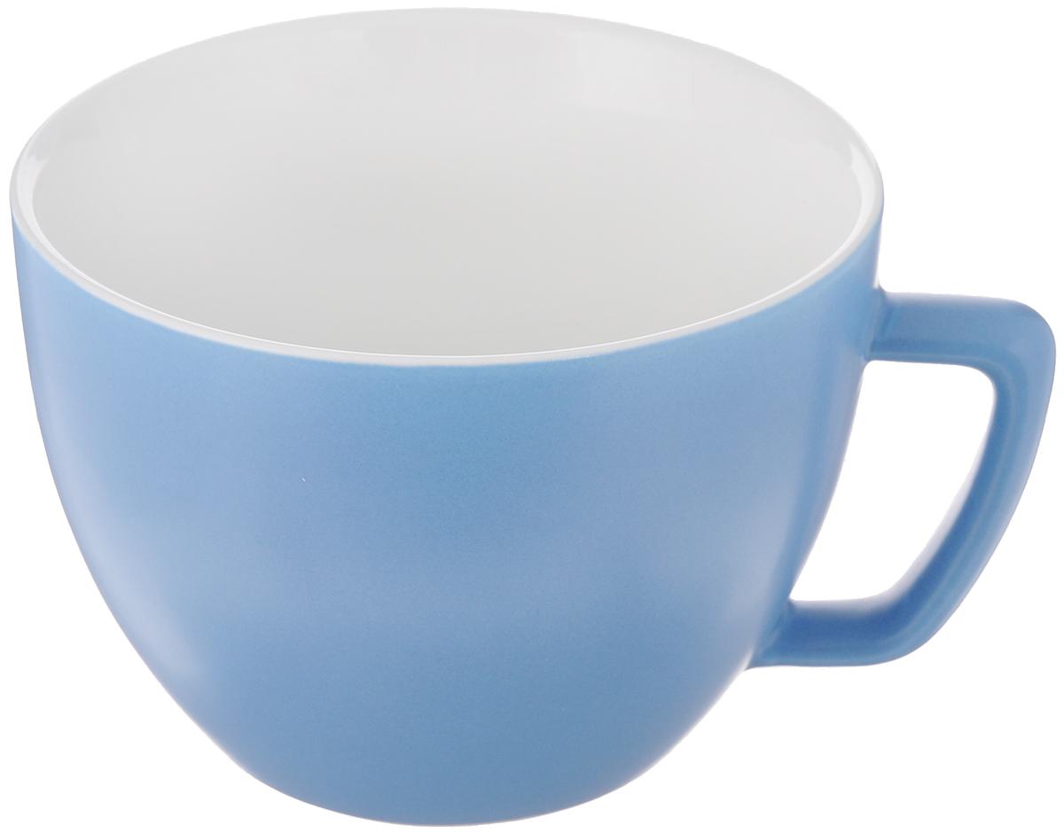 Кружка Tescoma Crema Tone, цвет: синий, 550 мл387148_синийКружка Tescoma Crema Tone, изготовленная из высококачественного фарфора, прекрасно дополнит интерьер вашей кухни. Изящный дизайн кружки придется по вкусу и ценителям классики, и тем, кто предпочитает утонченность и изысканность. Кружка Tescoma Crema Tone станет хорошим подарком к любому празднику. Диаметр (по верхнему краю): 12 см.Высота: 9 см.