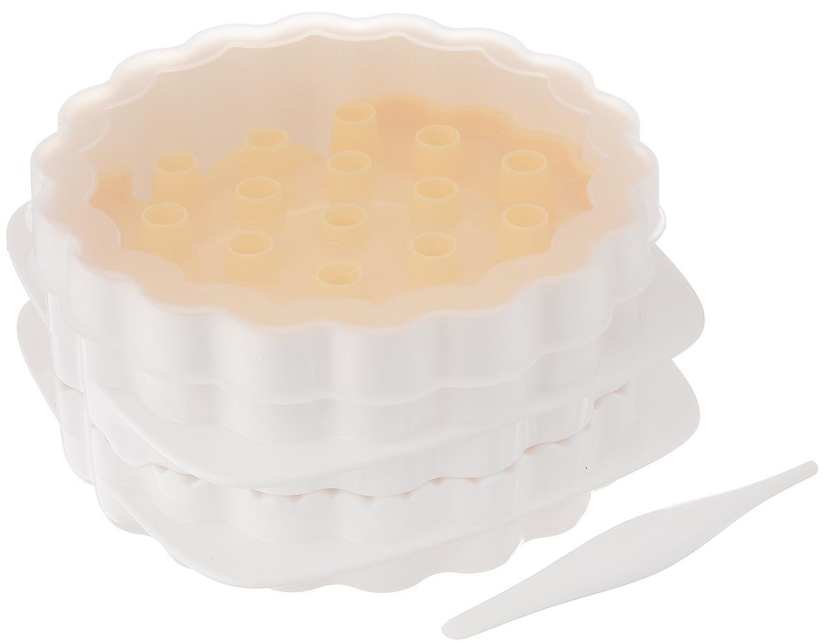 """Набор Tescoma """"Delicia"""",  выполненный из высококачественного пластика,  состоит из формы, 3 решеток, крышки и  шпателя. Он отлично подходит для  приготовления сладких и соленых вареников с тремя различными  узорами на тесте. Прилагается инструкция по  применению с рецептами. Можно мыть в посудомоечной машине.  Размер формы (без учета крышки): 12 х 12 х 6,5  см.  Размер решетки: 11 х 9,5 см.  Длина шпателя: 8,5 см."""