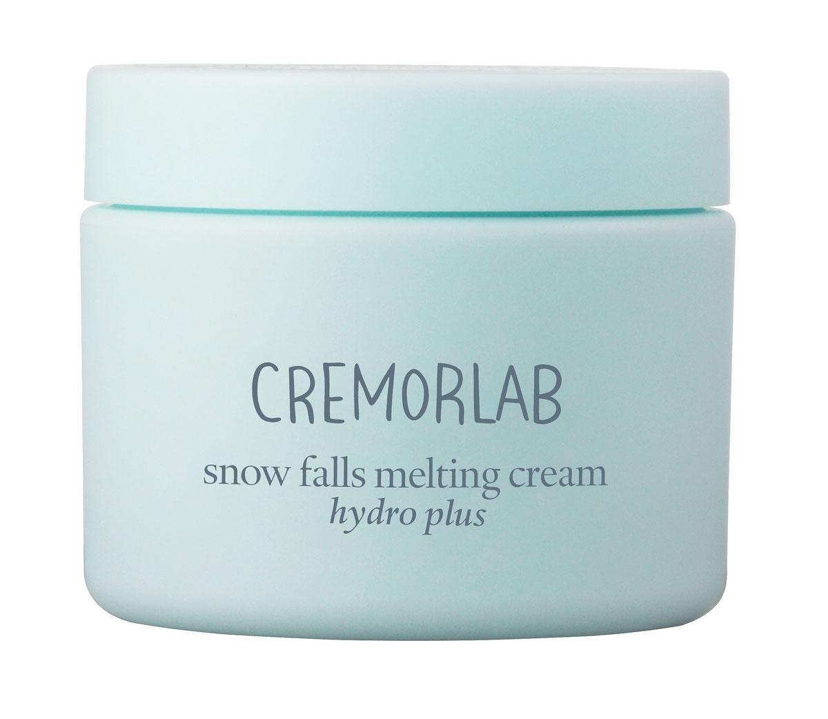 Cremorlab Hydro Plus Крем глубокого увлажнения с экстрактом эдельвейса Snow Falls Melting Cream, 60 мл61645Высокоэффективная увлажняющая формула крема, в котором природная минеральная вода обогащенная экстрактом эдельвейса и гиалуроновой кислотой, интенсивно увлажняет глубокие слои кожи и дарит ощущение бесконечной свежести. Мгновенно стирает следы усталости, быстро впитывается и эффективно снимает раздражение и красноту. Средство обладает способностью запиратьводу в коже (на 72 часа) и препятствовать ее избыточному испарению, что обеспечивает стойкий лифтинг эффект. Морской коллаген активизирует клеточный метаболизм, эффективно замедляет процессы старения, насыщает кожу жизненной энергией. Надежно защищает от неблагоприятных факторов окружающей среды. Не содержит парабенов, спиртов, искусственных красителей, PABA, талька, бензофенона. Подходит для всех типов и состояний кожи.