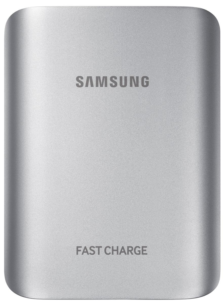Samsung EB-PG935BSR, Silver внешний аккумуляторEB-PG935BSRGRUВнешний аккумулятор Samsung – дополнительный источник энергии для вашего смартфона. Металлический корпус с округлыми краями идеально подходит по дизайну к линейке смартфонов Galaxy. Небольшие размеры и легкий вес аккумулятора добавляют плюсов к его мобильности – зарядить смартфон или планшет можно и в дороге. Аксессуар оснащен USB-портом для зарядки большинства мобильных устройств. Внешнего аккумулятора хватает на 4 полные зарядки смартфона или 2 зарядки планшета. LED-индикатор сообщает об остаточном заряде аккумулятора.