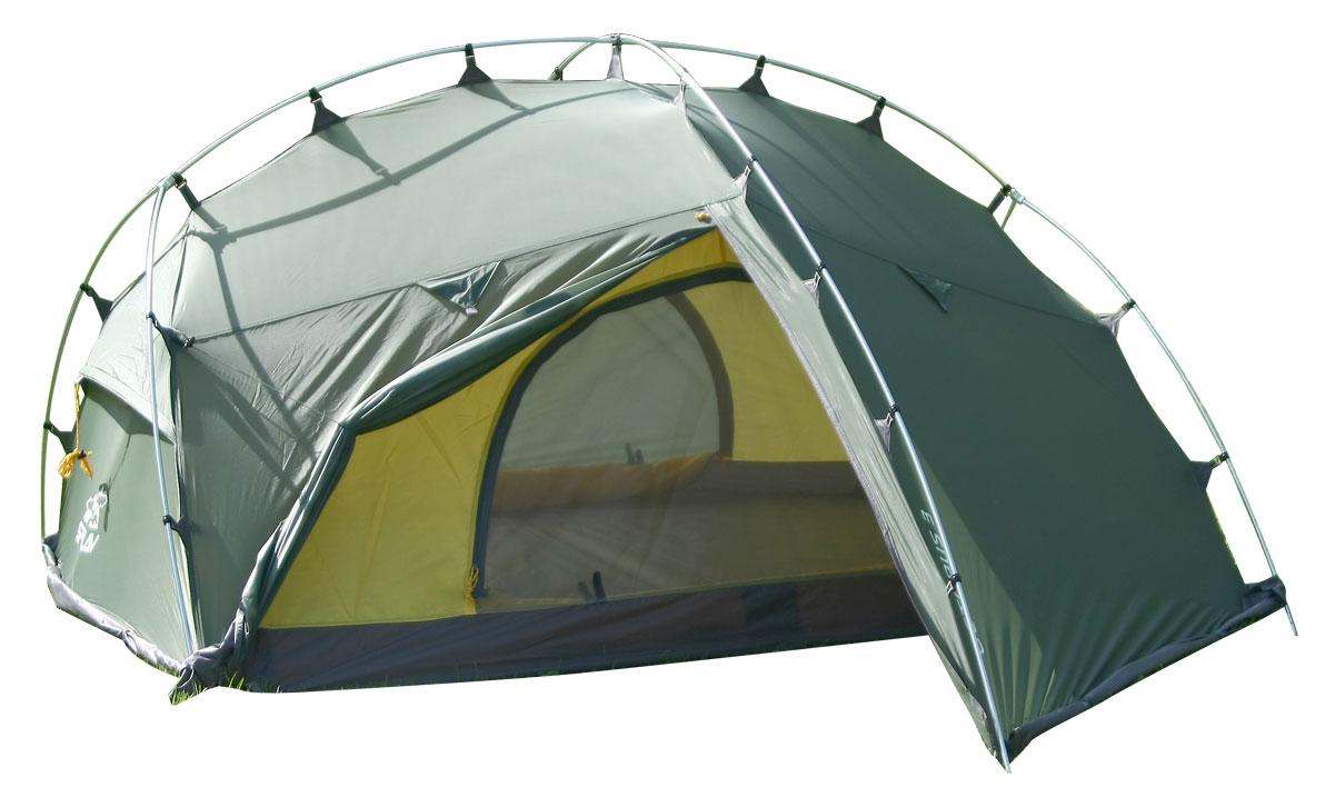 Палатка Сплав Octopus 3, цвет: зеленый5057750Сплав Octopus 3 - это всесезонная палатка с полным внешним каркасом. Палатка и тент изготовлены из прочного полиэстера. Изделие очень комфортное. Возможна как отдельная установка тента без внутренней палатки, так и установка палатки в сборе с пристегнутой внутренней палаткой. Тент полностью крепится к внешним дугам крючками. Изделие имеет два входа и два объемных тамбура. Юбка сплошная по всему периметру. Веревки оттяжек имеют вплетенную светоотражающую нить. Швы тента и дна проклеены. В комплекте идет ремонтный набор: ремонтная гильза для дуги, самоклеющиеся заплатки на тент и дно, нитки с иголкой.Количество мест: 3.Размеры внешней палатки, тента: 320 х 220 х 120 см.Размеры спального места: 210 х 160 х 110 см.Размеры в упакованном виде: 50 х 20 х 20 см.Полный вес: 3,7 кг.Минимальный вес (без чехла и колышков): 3,4 кг.Что взять с собой в поход?. Статья OZON Гид
