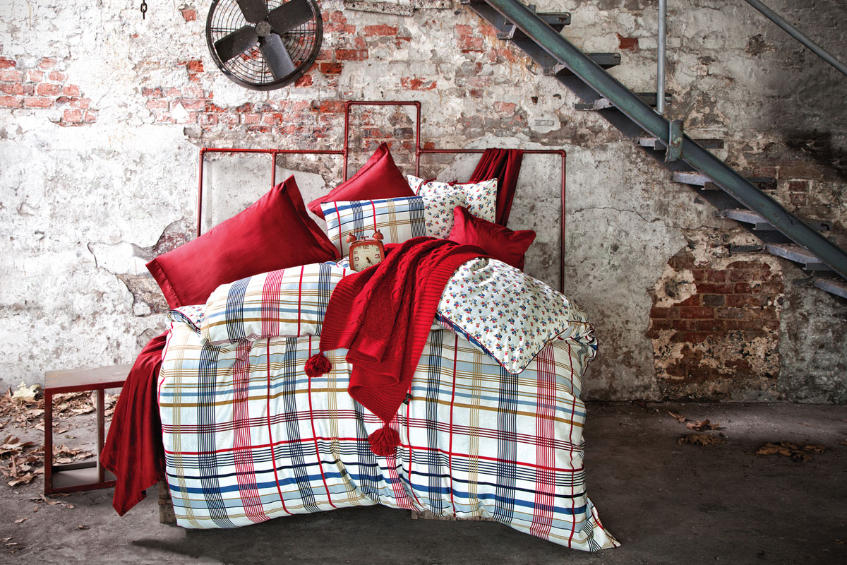 Комплект белья Issimo Home Taylor, евро, наволочки 50x70, цвет: красный, серый. 4630 полотенце бамбуковое issimo home valencia цвет розовый 90 x 150 см