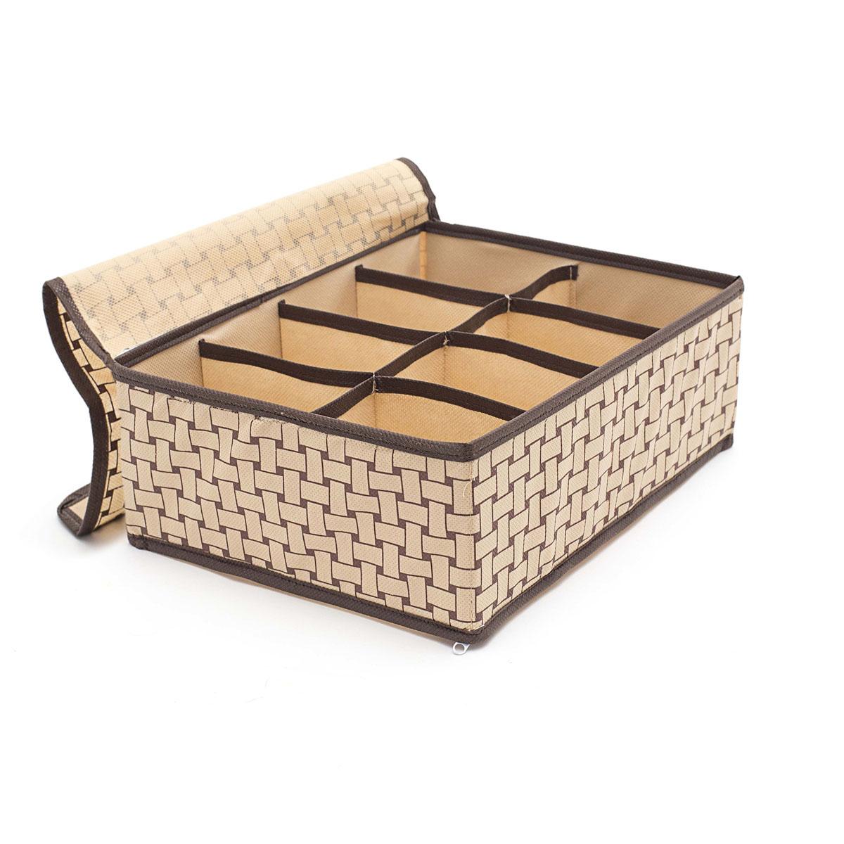 Органайзер для хранения вещей Homsu Pletenka, с крышкой, 8 секций, 31 х 24 х 11 смHOM-303Компактный органайзер Homsu Pletenka изготовлен из высококачественного полиэстера, который обеспечивает естественную вентиляцию. Материал позволяет воздуху свободно проникать внутрь, но не пропускает пыль. Органайзер отлично держит форму, благодаря вставкам из плотного картона. Изделие имеет 8 квадратных секций для хранения нижнего белья, колготок, носков и другой одежды. Закрывается крышкой на молнии. Такой органайзер позволит вам хранить вещи компактно и удобно, а оригинальный дизайн сделает вашу гардеробную красивой и невероятно стильной.