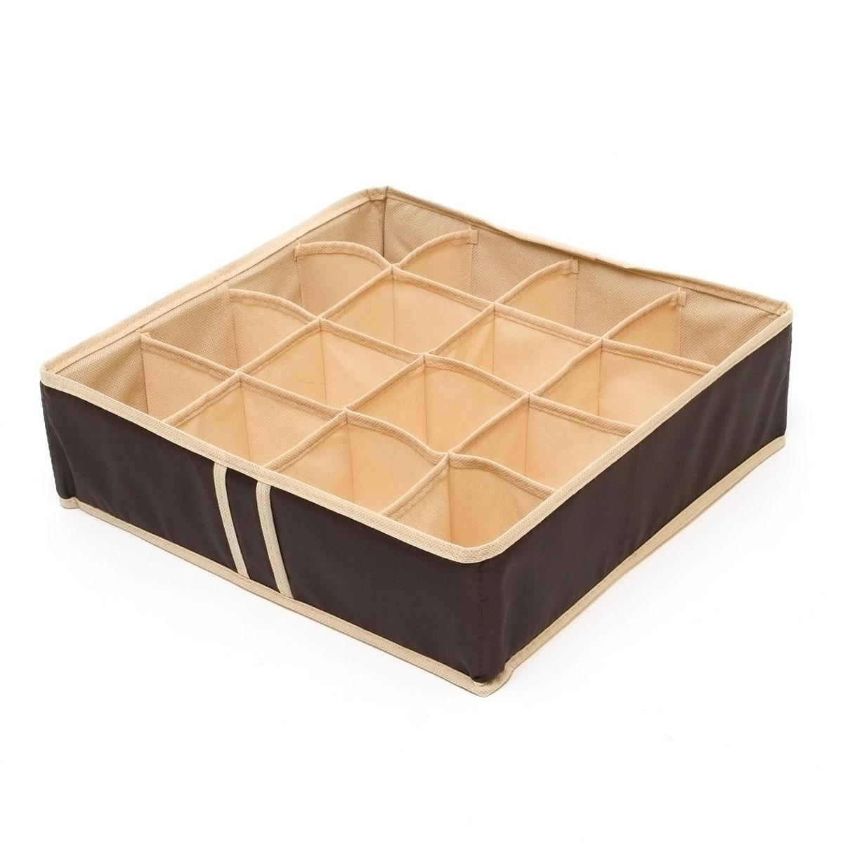 Органайзер для хранения вещей Homsu Costa-Rica, 16 секций, 35 x 35 x 10 смHOM-44Компактный органайзер Homsu Costa-Rica изготовлен из высококачественного полиэстера, который обеспечивает естественную вентиляцию. Материал позволяет воздуху свободно проникать внутрь, но не пропускает пыль. Органайзер отлично держит форму, благодаря вставкам из плотного картона. Изделие имеет 16 квадратных секций для хранения нижнего белья, колготок, носков и другой одежды.Такой органайзер позволит вам хранить вещи компактно и удобно.