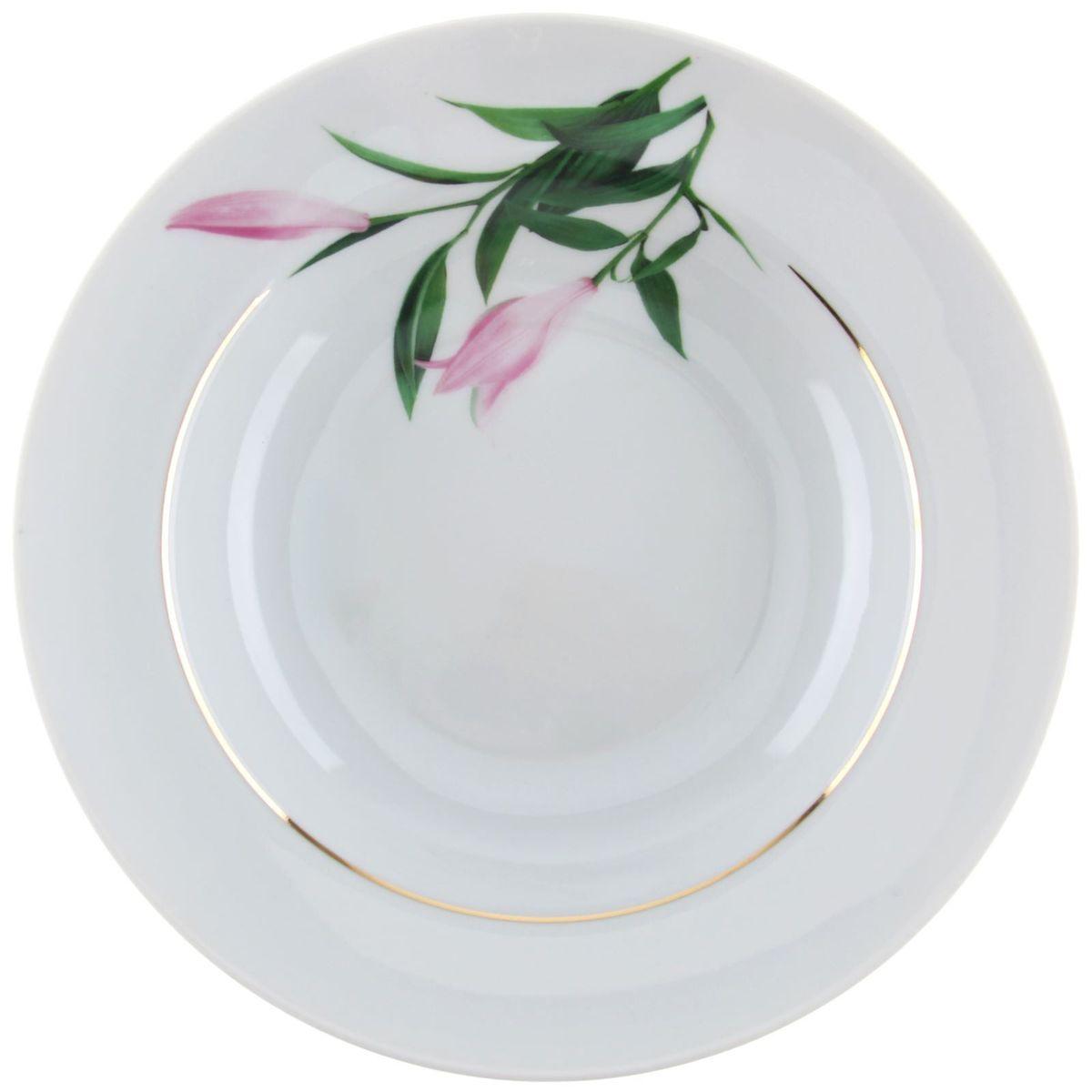 Тарелка глубокая Идиллия. Бутон, диаметр 24 см1303785Глубокая тарелка Идиллия. Бутон выполнена из высококачественного фарфора и оформленацветочным рисунком. Изделие сочетает в себе изысканный дизайн смаксимальной функциональностью. Тарелка прекрасно впишется в интерьер вашей кухни и станет достойнымдополнением к кухонному инвентарю.Тарелка Идиллия. Бутон подчеркнет прекрасныйвкус хозяйки и станет отличным подарком.Диаметр: 24 см.