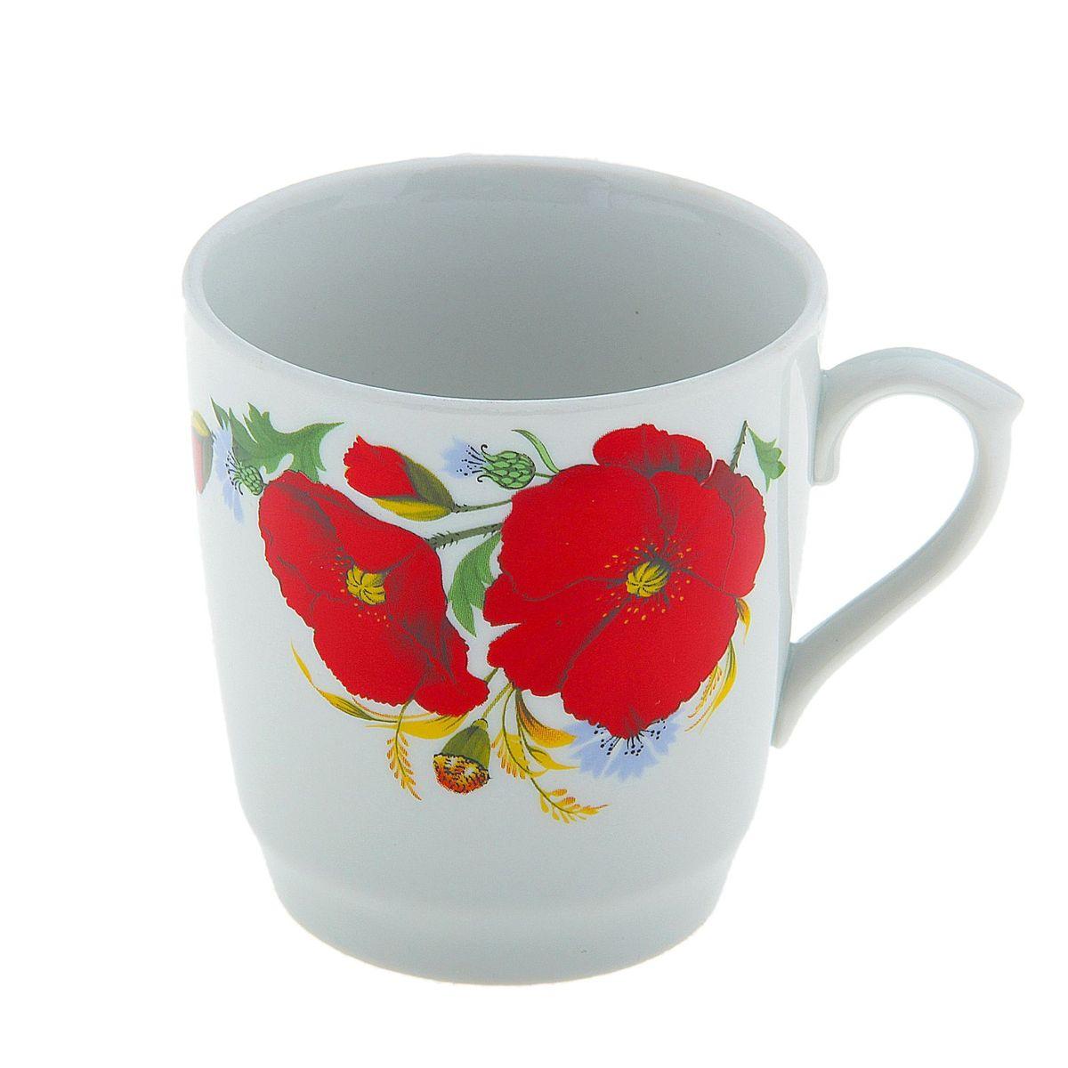 """Кружка """"Маки красные"""" изготовлена из высококачественного фарфора. Изделие оформлено красочным цветочным рисунком и покрыто превосходной глазурью.  Изысканная кружка прекрасно оформит стол к чаепитию и станет его неизменным атрибутом."""