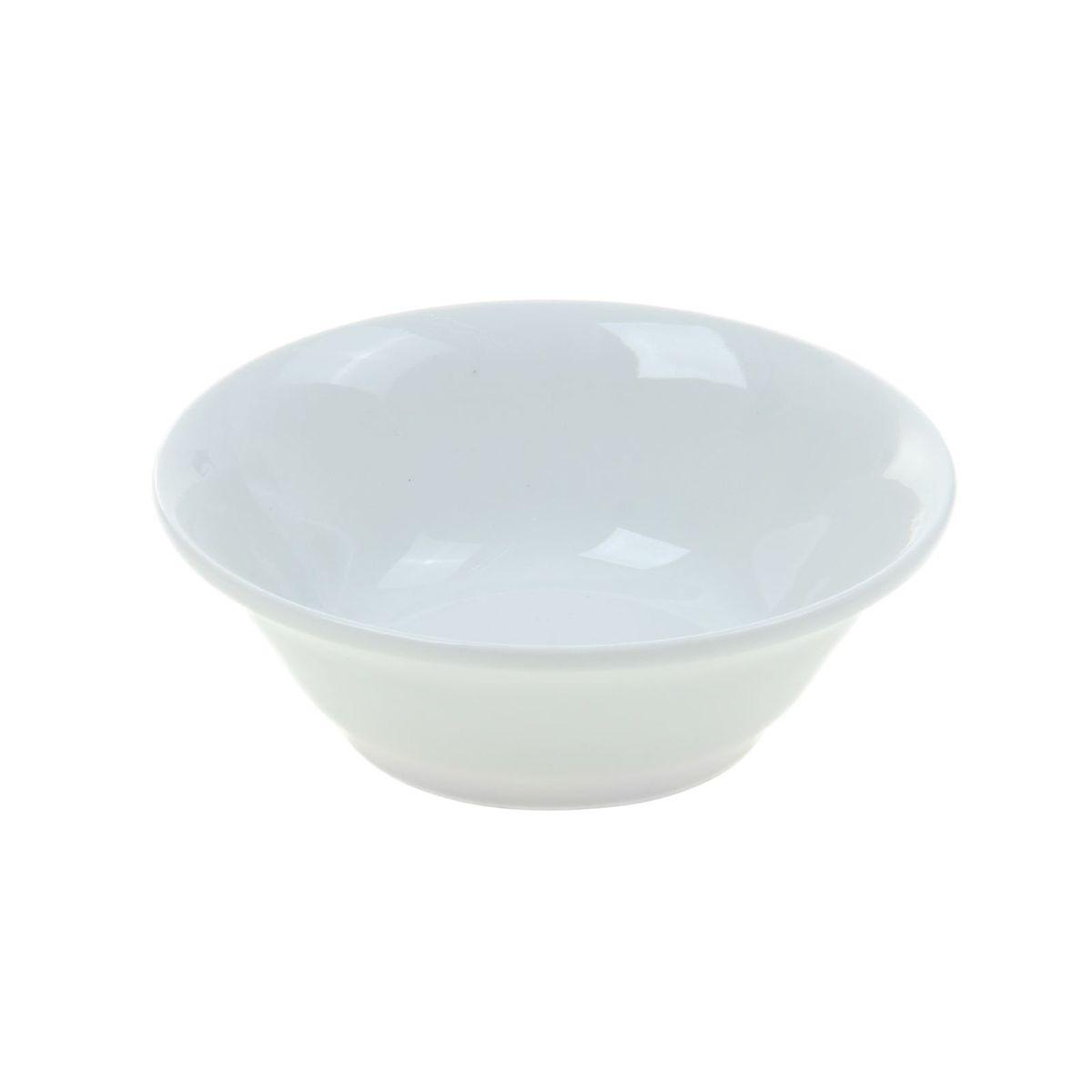 Салатник Идиллия. Белье, 360 мл1035446Элегантный салатник Идиллия. Белье, изготовленный из высококачественного фарфора, имеет изысканный внешний вид. Он идеально подойдет для сервировки стола и станет отличным подарком к любому празднику.Диаметр салатника: 14 см.