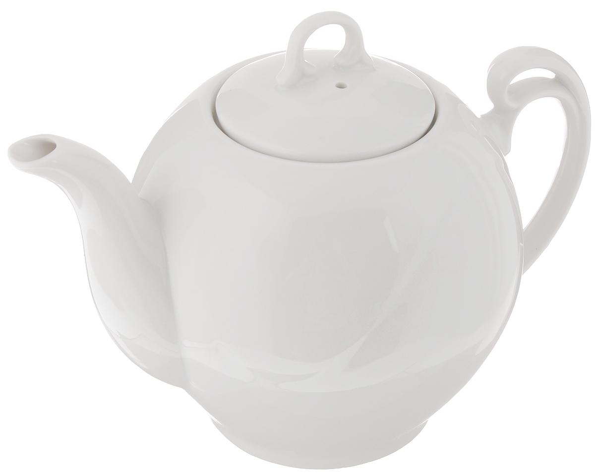 Чайник заварочный Гармония. Белье, 700 мл1303951Заварочный чайник Гармония. Белье изготовлен из высококачественного фарфора. Такой чайник идеально подойдет для заваривания чая. Он хорошо держит температуру, что способствует более полному раскрытию цвета, аромата и вкуса чайного букета. Изделие прекрасно дополнит сервировку стола к чаепитию и станет его неизменным атрибутом.Диаметр (по верхнему краю): 7 см. Диаметр основания: 7 см.Высота чайника (без учета крышки): 12 см.