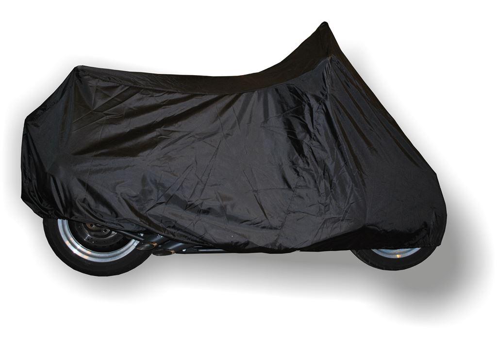 Чехол AG-brand, для мотоцикла Harley-Davidson Fat Boy, с ветровым стеклом и кофрами, цвет: черныйAG-HD-MC-FB-SCУдобный чехол AG-brand, изготовленный из прочной водонепроницаемой ткани, предназначен для хранения мотоциклов. Изделие подходит для HD моделей из серии: Softail с дополнительными модификациями: с ветровым стеклом и кофрами.