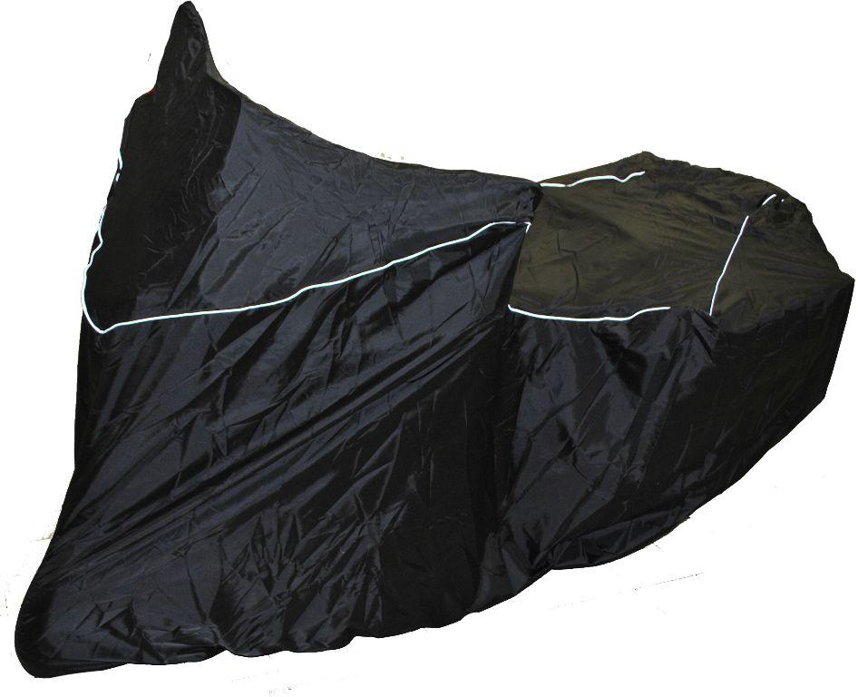 Чехол AG-brand, для мотоцикла Yamaha SuperTenere, цвет: черныйAG-YAM-MC-ST1200-SCУдобный чехол изготовлен из прочной, водонепроницаемой ткани и подходит для мотоциклов Yamaha XT1200ZE SUPER TENERE всех годов выпуска. Подходит для использования с центральным кофром и боковыми кофрами. Модель создана для стоянки с повернутым рулем.В изделие вшит светоотражающий кант, повторяющий контуры мотоцикла. Резинка на переднем и на заднем колесе плотно притягивает чехол к мотоциклу. Застежка-фастекс внизу по центу не даст сильным поры вам ветра сорвать чехол с мотоцикла.