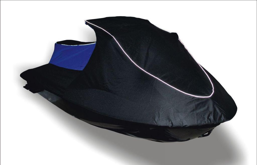 Чехол транспортировочный AG-brand, для гидроцикла Yamaha VX Standart 2014, универсальный, цвет: синий, голубойAG-YAM-WV-VXSt14-TCЧехол AG-brand изготовлен из высокопрочной плотной тентовой ткани с высоким показателем водоупорности. Не пропускает уличные пыль и грязь. Все швы изделия выполнены с двойным подгибом - гарантия прочности и бережного отношения к вашей технике. По нижней кромке чехла вшита плотная резинка, обеспечивающая надежную фиксацию на гидроцикле. Чехол имеет светоотражающий кант, клапана для выхода избыточного воздуха и молнию под заливную горловину бака.В комплект транспортировочного чехла входит прочная текстильная стропа для крепления техники в прицепе или специальном боксе для перевозки.