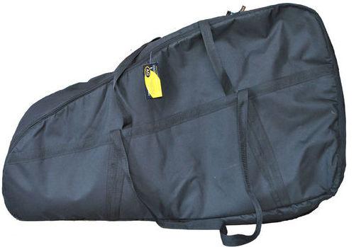 Сумка AG-brand Эконом для лодочного мотора 2 т, 10 л.с., цвет: черный. AG-Uni-OM-Eco-2T/10hpAG-Uni-OM-Eco-2T/10hpУдобная сумка AG-brand Эконом, послужит для переноски и хранения лодочного мотора 2 т, 10 л.с., изготовлена из ткани плотностью 600 den с влагоотталкивающей пропиткой. С внутренней стороны сумка выполнена из ткани с пвх покрытием и имеет антиударные вставки толщиной 5 миз вспененного наполнителя.Сумка выполнен на прочной двухзамковой молнии и имеет ручки для переноски мотора (в руках и на плече).