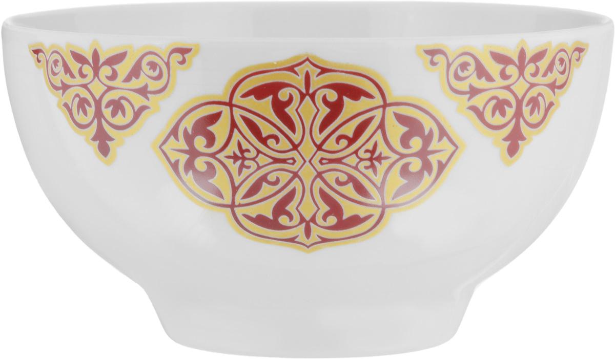 """Пиала """"Восточный"""", изготовленная из  высококачественного фарфора, прекрасно  подойдет для подачи салата, супа или  мороженого. Благодаря лаконичному дизайну, такая  пиала  станет бесспорным украшением вашего стола. Она  дополнит  коллекцию кухонной посуды и будет служить долгие  годы."""