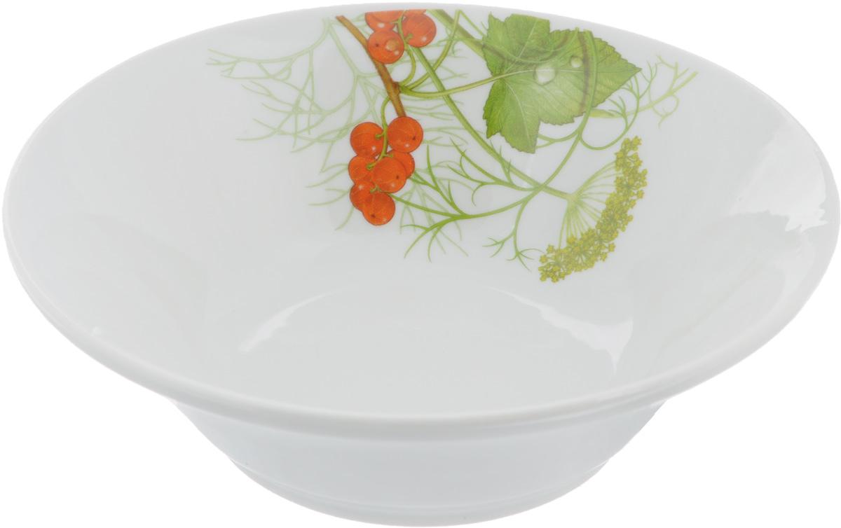 Салатник Идиллия. Садочек, 360 мл4С0318Элегантный салатник Идиллия. Садочек, изготовленный из высококачественного фарфора, прекрасно подойдет для подачи различных блюд: закусок, салатов или фруктов. Такой салатник украсит ваш праздничный или обеденный стол, а оригинальное исполнение понравится любой хозяйке.