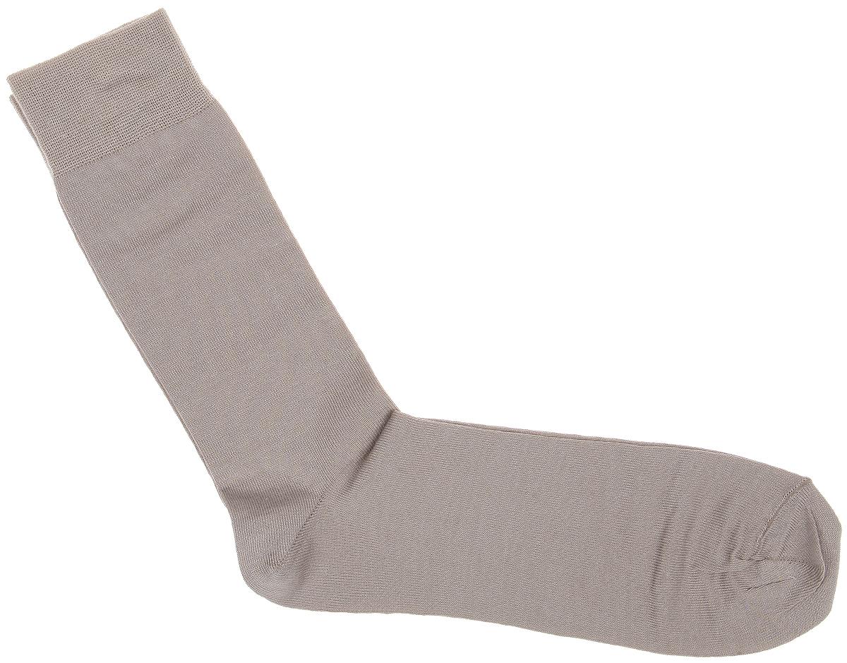 Носки мужские Uomo Fiero, цвет: бежевый. MS024. Размер 25 (39/41)MS024Мужские носки Uomo Fiero превосходного качества, изготовленные из высококачественного комбинированного материала, очень мягкие и приятные на ощупь, позволяют коже дышать. Эластичная резинка плотно облегает ногу, не сдавливая ее, обеспечивая комфорт и удобство. Носки обладают повышенной прочностью, не подвержены усадке. Модель с удлиненным паголенком.Идеальное сочетание практичности, комфорта и элегантности!