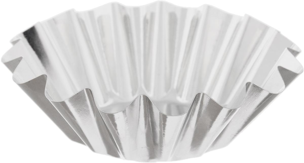"""Форма """"Кварц"""", выполненная из белой жести, предназначена для выпечки и приготовления желе. Стенки изделия рельефные.С формой """"Кварц"""" вы всегда сможете порадовать своих близких оригинальной выпечкой.Диаметр формы (по верхнему краю): 9,5 см.Высота формы: 3 см."""