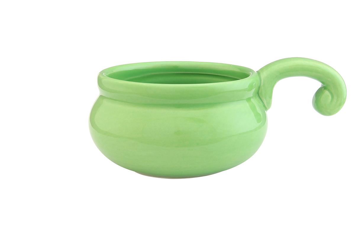 Жюльенница-кокотница Elan Gallery, цвет: зеленый, 260 мл110770Жюльенница-кокотница Elan Gallery, изготовленная из жаропрочной керамики, предназначена для приготовления и подачи небольших порций мясных или овощных блюд, а также соусов, закусок и десертов. Керамическая посуда не только быстро нагревается, но и сохраняет тепло дольше, чем посуда из других материалов. Используйте это преимущество посуды и подавайте блюда к столу прямо в тех же емкостях, в которых вы их приготовили - блюда будут долго оставаться горячими.Высота: 5,5 см.Диаметр (по верхнему краю): 9 см.Толщина дна: 4 мм.Толщина стенок: 4 мм.