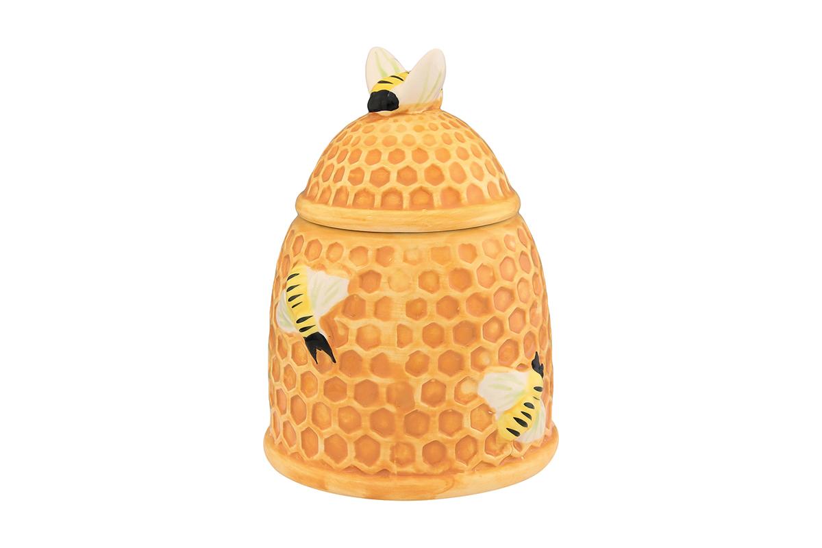 Горшочек для меда Elan Gallery Пчелки на сотах, 450 мл110826Горшочек для меда Elan Gallery Пчелки на сотах, выполненный из высококачественной керамики, лучший подарок для сладкоежки. Изделие снабжено плотно закрывающейся крышкой. Можно использовать для сыпучих продуктов - соли и сахара.Размер банки: 10,5 х 10,5 х 14 см.