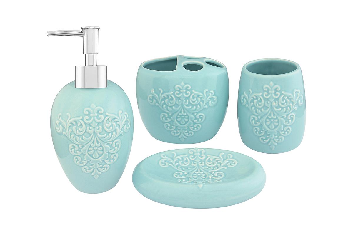 Набор для ванной комнаты Elan Gallery, цвет: бирюзовый, 4 предмета110831Набор для ванной комнаты Elan Gallery включает стакан,подставку для зубных щеток, мыльницу и диспенсер для жидкогомыла с дозатором. Набор выполнен из керамики высокого качества. Все элементы выдержаны в одном стиле, что позволяет создать вванной комнате стильный и оригинальный функционально-декоративный ансамбль. Такой набор аксессуаров придаст интерьерувашей ванной комнаты элегантность и современность. Размер мыльницы: 14,5 х 9,5 х 3,5 см. Размер стакана: 8 х 8 х 11 см. Размер подставки для щеток: 11,5 х 8 х 10 см. Размер диспенсера: 9 х 9 х 19 см.Объем диспенсера: 400 мл.