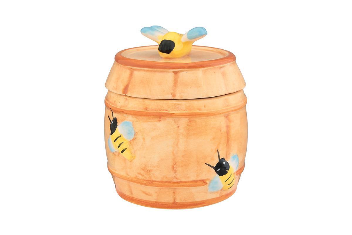 Горшочек для меда Elan Gallery Бочонок, 250 мл110848Очень милый горшочек для меда Elan Gallery Бочонок, выполненный из высококачественной керамики, украсит вашу кухню, особенно на даче. Благодаря съемной силиконовой прокладке на крышке горшочек плотно закрывается. Можно использовать для сыпучих продуктов - соли и сахара.