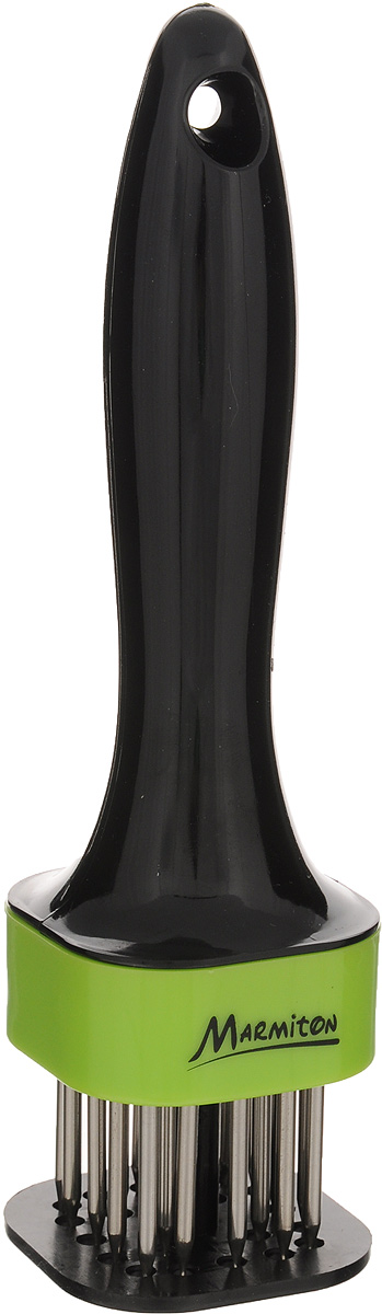 Стейкер для мяса Marmiton, цвет: черный, салатовый, высота 18 см17027_черный, салатовыйСтейкер Marmiton предназначен для прокалывания куска мяса одновременно в нескольких местах. Удобная рукоятка, изготовленная из полистирола, оснащена отверстием для подвешивания на крючок. Стейкер имеет 20 острых шипов, выполненных из нержавеющей стали. Он не производит шума и сохраняет вашу кухню чистой и опрятной. Обработанное таким образом мясо остается сочным, гораздо быстрее жарится и маринуется, что, в конечном счете, улучшает его вкус и экономит ваше время. Общая высота стейкера: 18 см.Длина ручки: 12 см.Длина шипа: 3,2 см.