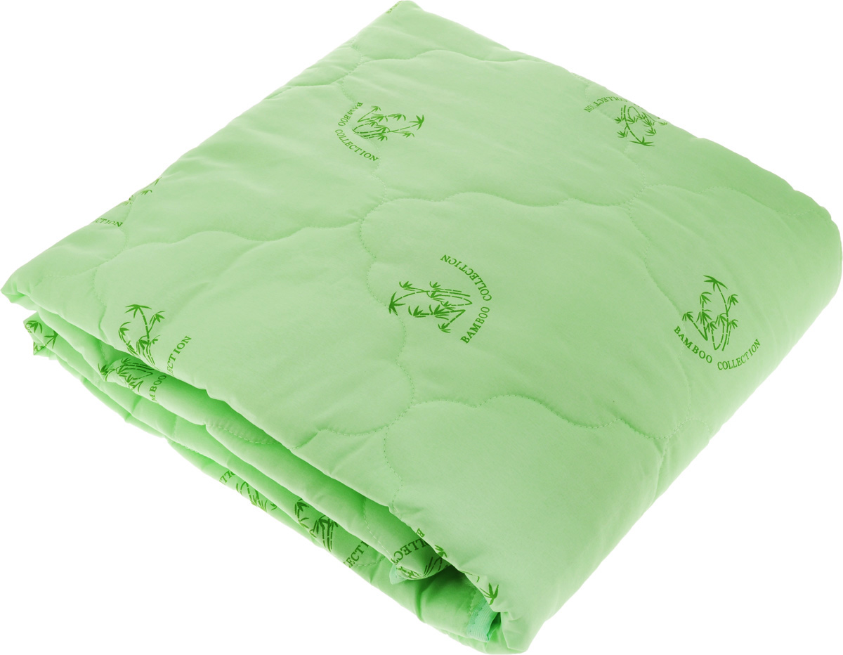 """Одеяло """"ЭГО"""" подарит уютный и комфортный сон. Чехол одеяла выполнен из полиэстера и оформлен рисунком в виде бамбуковых стеблей. Внутри - наполнитель из бамбукового волокна.  Такой наполнитель имеет массу достоинств: антибактериальные свойства, хорошую воздухонепроницаемость, прочность, гигроскопичность, экологичность. Кроме того, изделия с таким наполнителем очень просты в уходе - наполнитель не садится и не сбивается при стирке, обладает высокой прочностью и не впитывает запахи.   Одеяло с бамбуковым наполнителем придется по душе людям, ценящим красоту и комфорт. Оригинальная стежка равномерно распределяет наполнитель в чехле. Такое одеяло дарит комфортный сон в любое время года.  Одеяло легко стирается в стиральной машине и быстро высыхает. Ваше одеяло прослужит долго, а его изысканный внешний вид будет годами дарить вам уют."""