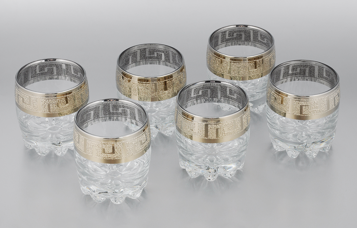 Набор стаканов для сока Мусатов Греция, 305 мл, 6 шт415/40Набор Мусатов Греция состоит из 6 низких стаканов, изготовленных из высококачественного натрий-кальций-силикатного стекла. Изделия оформлены красивой широкой окантовкой с оригинальным орнаментом. Стаканы предназначены для подачи сока, а также воды и коктейлей. Такой набор прекрасно дополнит праздничный стол и станет желанным подарком в любом доме. Разрешается мыть в посудомоечной машине. Диаметр стакана (по верхнему краю): 7,5 см. Высота стакана: 9,2 см.