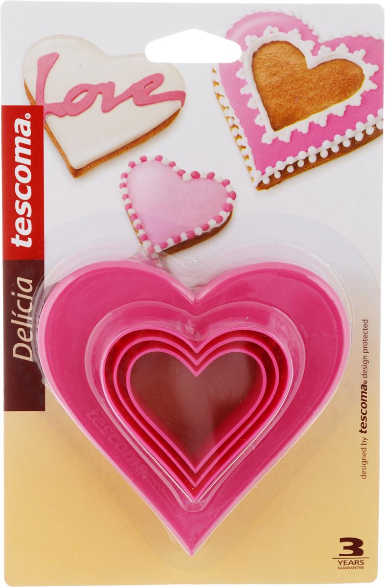 Формочки для вырезания печенья Tescoma Сердечки, двухсторонние, 3 шт630862Формочки для вырезания печенья Tescoma Сердечки изготовлены из пластика. В наборе 3 формочки в виде сердца разных размеров. Предназначены для вырезания печенья, создания сладких украшений, бутербродов и других изделий.Можно использовать как трафареты для поделок. С такими формами-резаками можно сделать множество интересных фигурок. Можно мыть в посудомоечной машине.Размер форм: 4 см; 4,8 см; 5,5 см; 6,8 см; 8 см; 9,5 см.