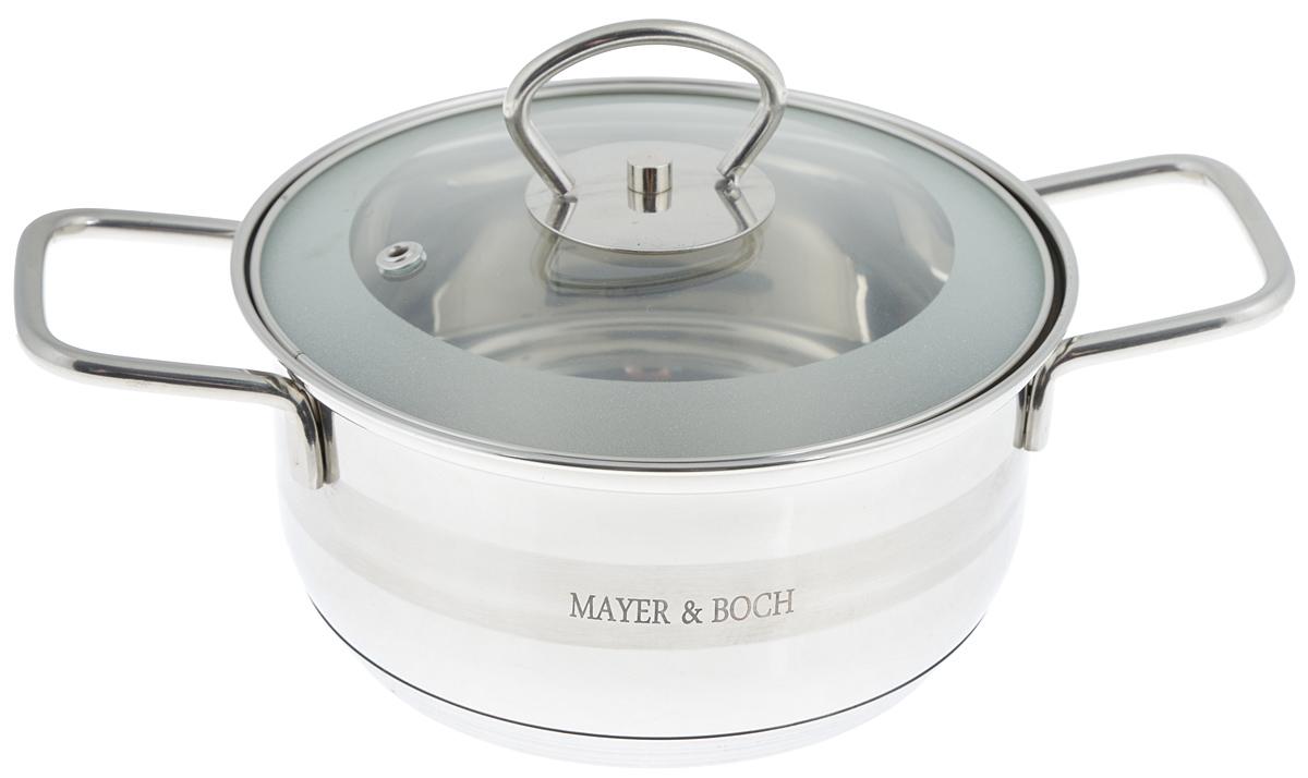 """Кастрюля """"Mayer & Boch"""" изготовлена из высококачественной  нержавеющей стали. Комбинация матовой и зеркальной  полировки внешнего покрытия придает изделию особо  эстетичный и стильный вид. Изделие предназначено для  здорового и экологичного приготовления пищи.  Внутренняя гладкая поверхность легко чистится - можно  мыть в воде руками или протирать полотенцем.  Кастрюля имеет трехслойное капсульное дно, которое  обеспечивает быстрый подогрев пищи, а  также сохранит тепло. Кастрюля оснащена двумя удобными  ручками. Крышка из термостойкого  стекла снабжена металлическим ободом, удобной  ручкой и  отверстием для выпуска пара. Такая крышка позволяет  следить за процессом приготовления пищи без потери тепла.  Она плотно прилегает к краю кастрюли, сохраняя аромат  блюд.  Внутренние стенки кастрюли имеют отметки литража.   Подходит для всех типов плит, включая индукционные. Не  предназначена для СВЧ-печей. Можно  мыть в посудомоечной машине. Подходит для хранения пищи  в холодильнике. Диаметр кастрюли (по верхнему краю): 17,5 см. Диаметр индукционного диска: 7 см. Высота стенки: 8,5 см.  Ширина кастрюли (с учетом ручек): 26,5 см."""