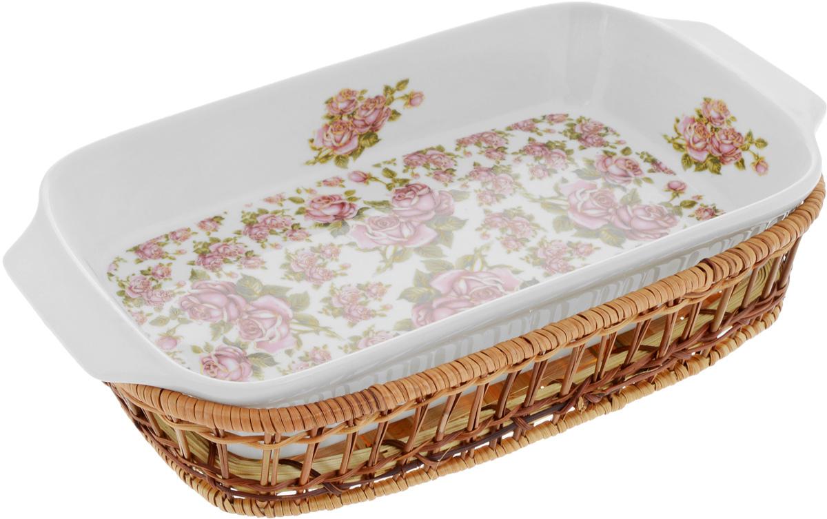 Форма для запекания Mayer & Boch Розы, прямоугольная, с корзиной, 35,5 х 18 х 5 см24804Прямоугольная форма Mayer & Boch Розы, выполненная из высококачественного фарфора белого цвета, оформлена красочным изображением цветов. Плетеная из ротанга корзина, в которую вставляется форма, послужит красивой и оригинальной подставкой. Фарфоровая посуда выдерживает высокие перепады температуры, поэтому ее можно использовать в духовке, микроволновой печи, а также для хранения пищи в холодильнике. Можно мыть в посудомоечной машине. Форма для запекания Mayer & Boch Розы прекрасно подойдет для приготовления овощей, мяса и других блюд, а оригинальный дизайн и яркое оформление украсят ваш стол.Размер формы (с учетом ручек): 35,5 х 18 х 5 см. Размер корзины: 32 х 19,6 х 5,7 см.